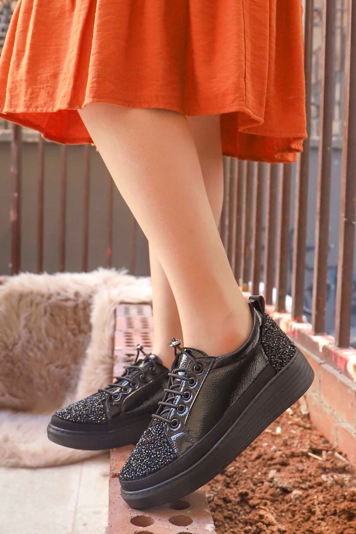 mami-077 Taş Detay Spor Ayakkabı Siyah Rugan