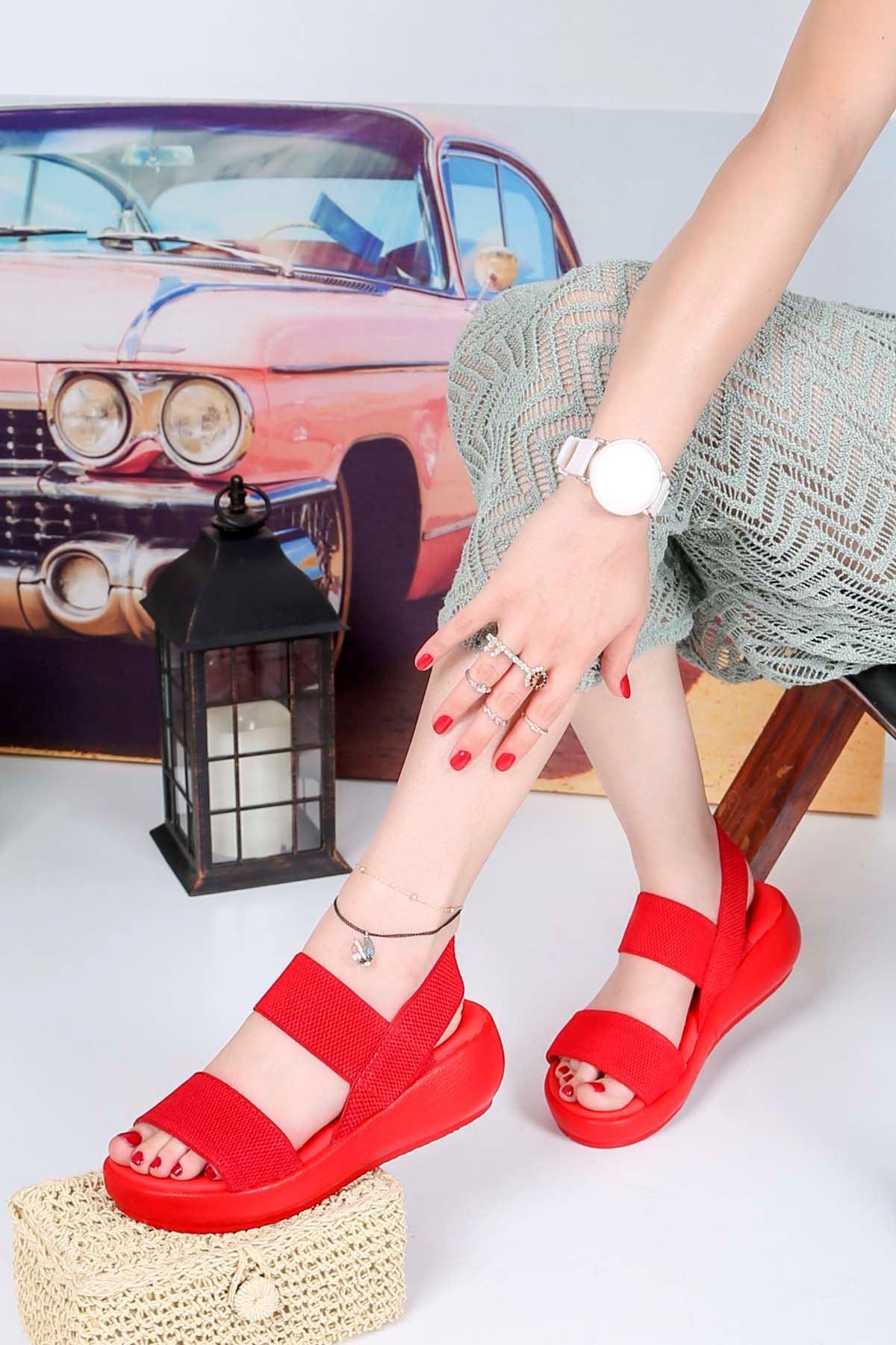 Bella-Dolgu Taban Lastikli Sandalet Kırmızı