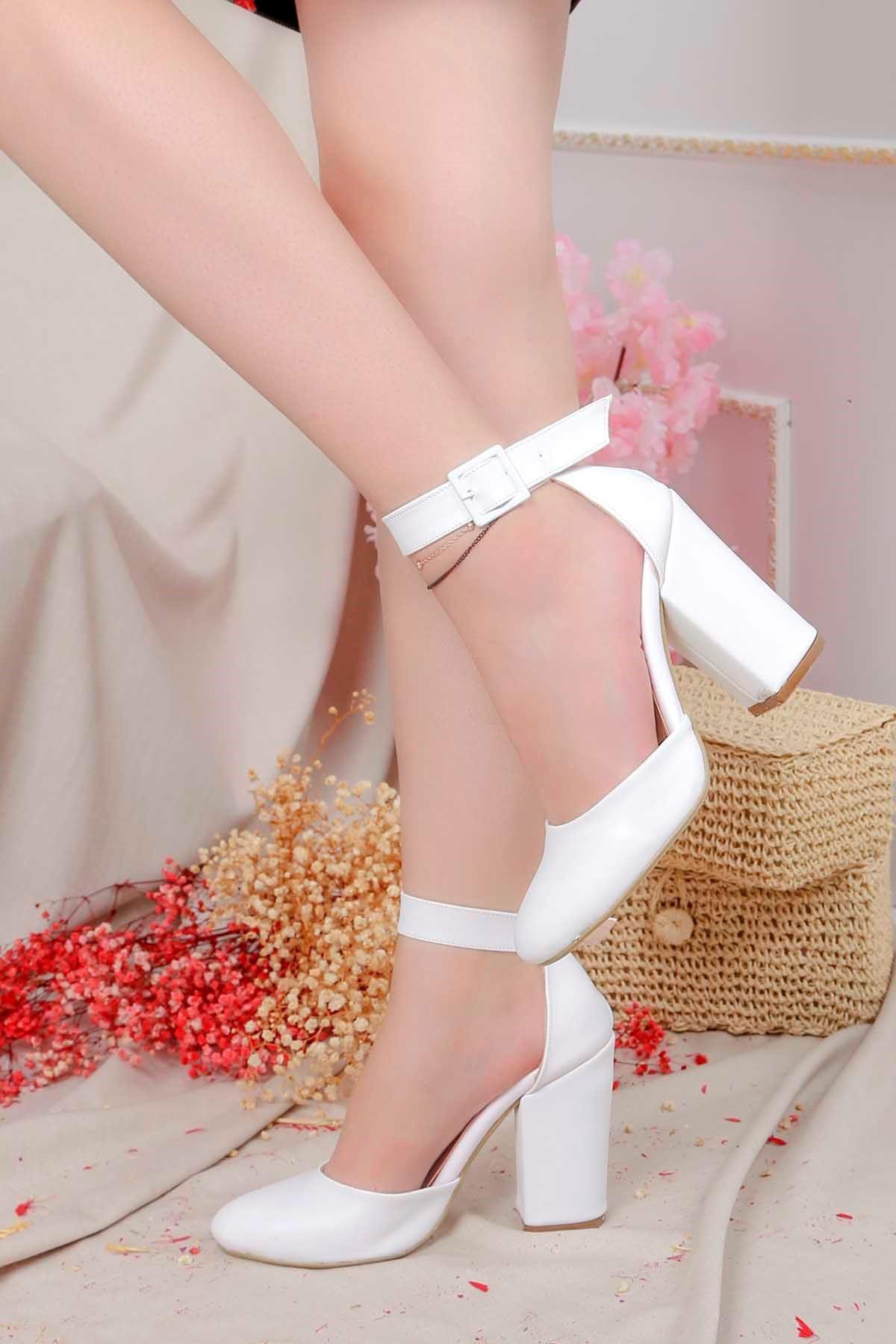 Tog-801 Bilekten Tokalı Topuklu Ayakkabı Beyaz Deri