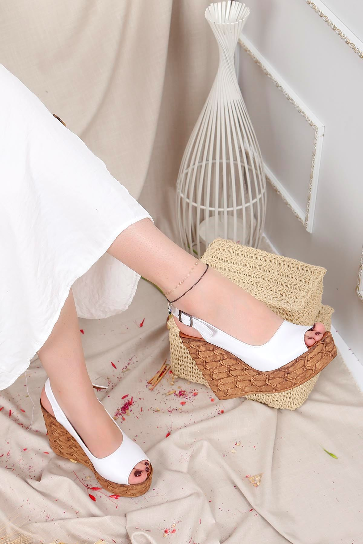 Frm-002 Yüksek Taban Sandalet Beyaz Deri
