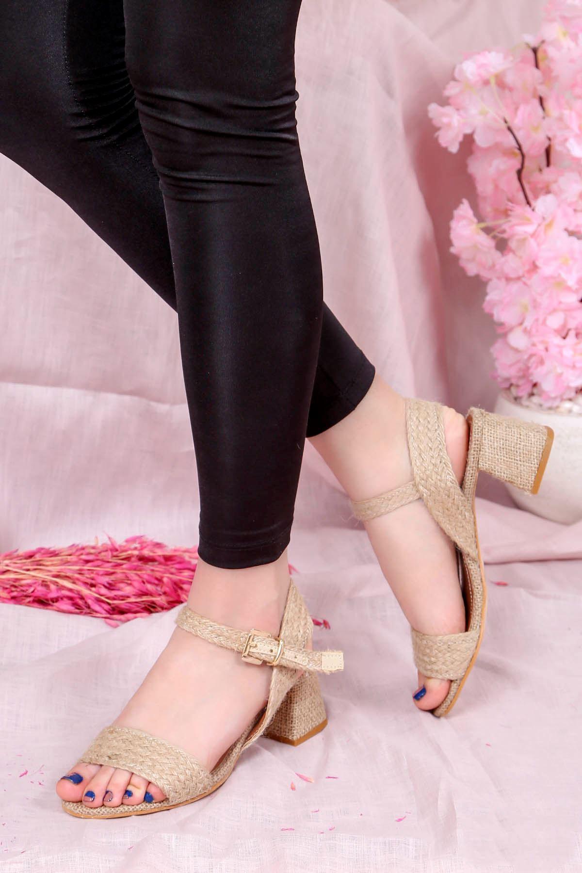 Ftr-801 Hasır Topuklu Sandalet