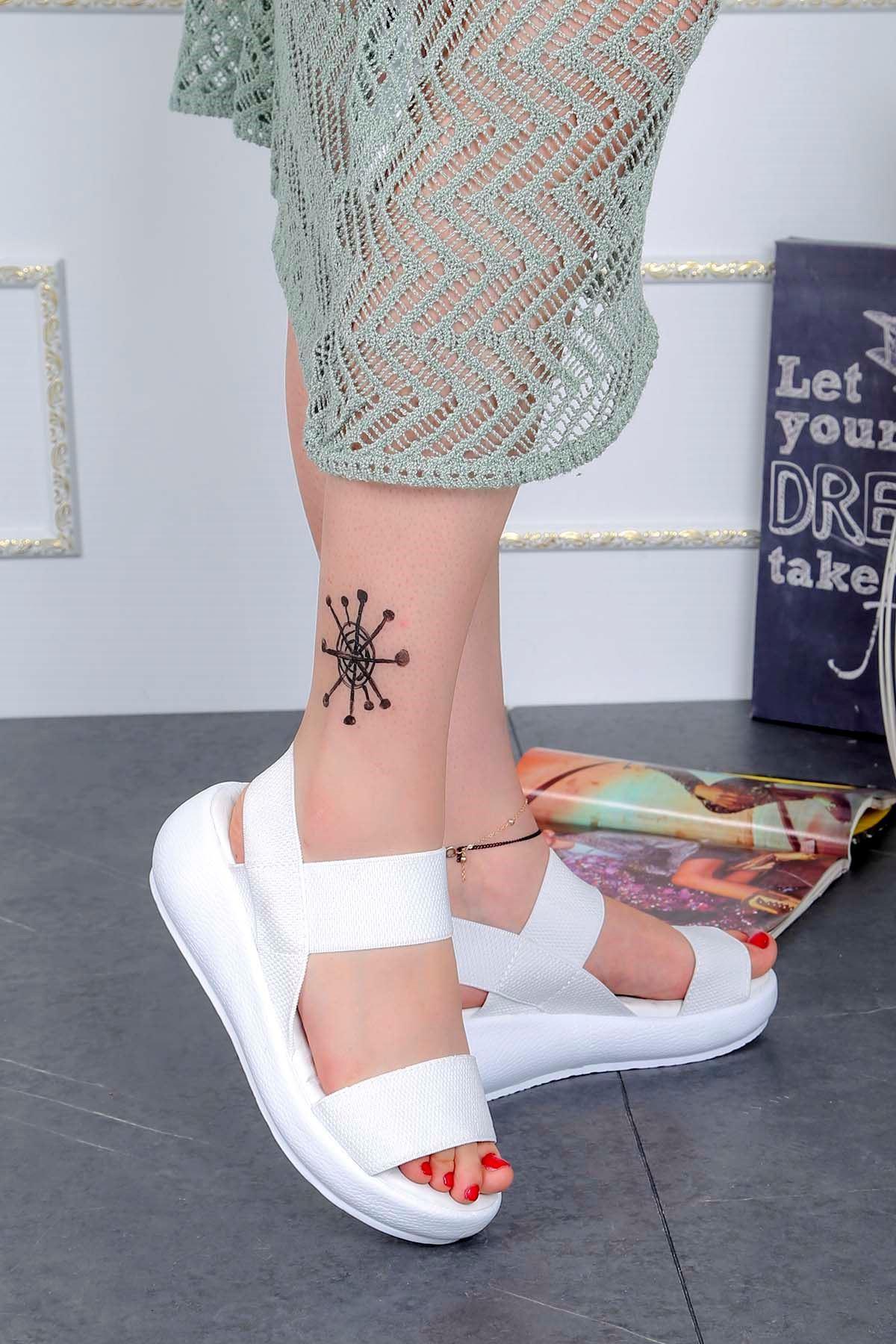 Bella-Dolgu Taban Lastikli Sandalet Beyaz
