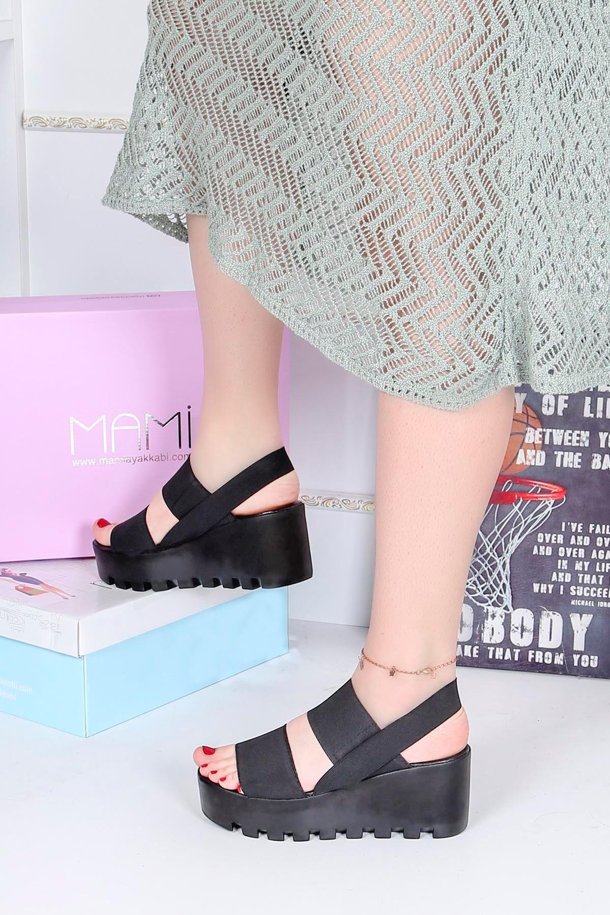 Ck-207 Lastikli Dolgu Taban Sandalet Siyah