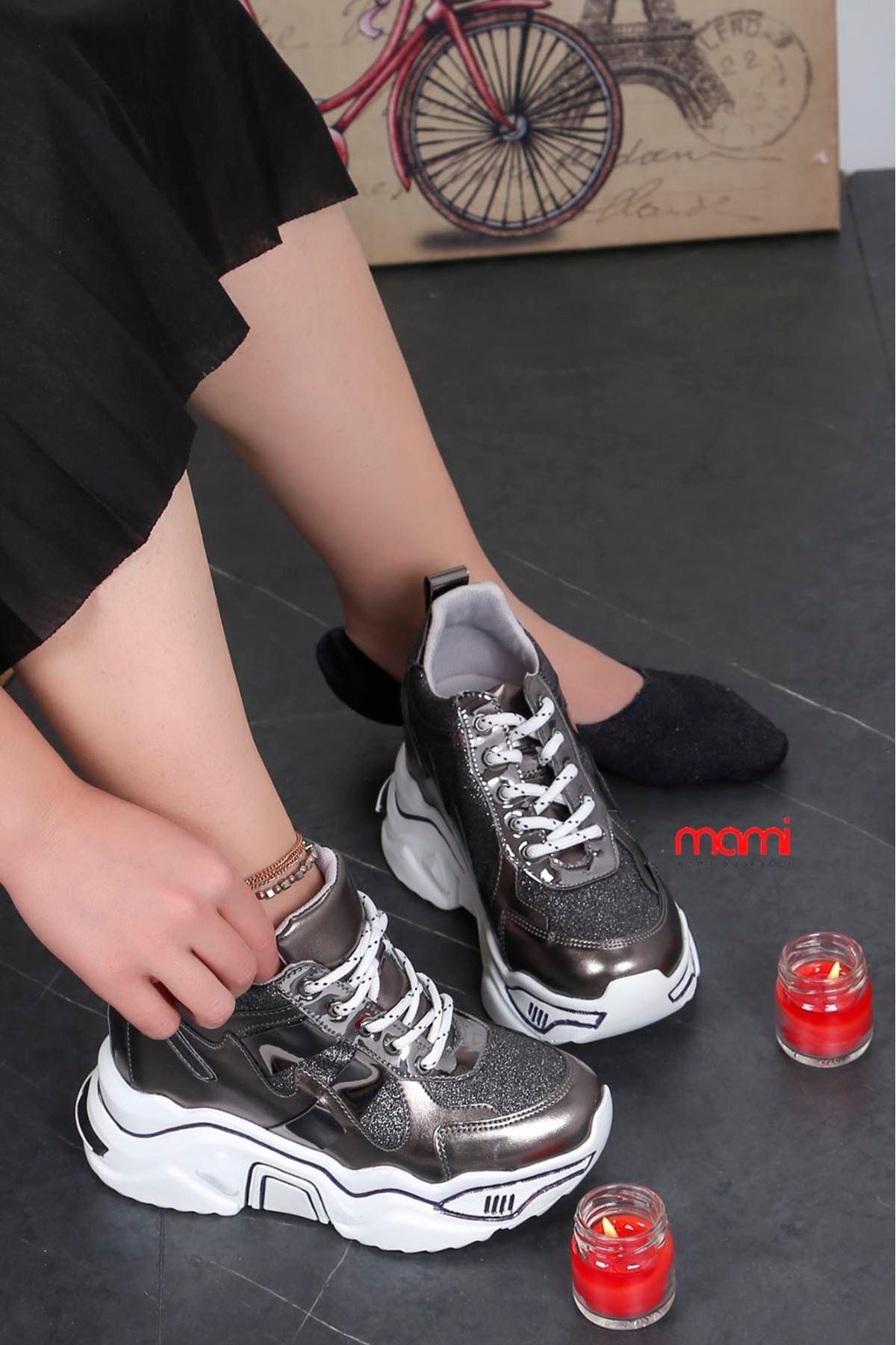 Zr-301 Gizli Topuk Topuk Spor Ayakkabı Platin