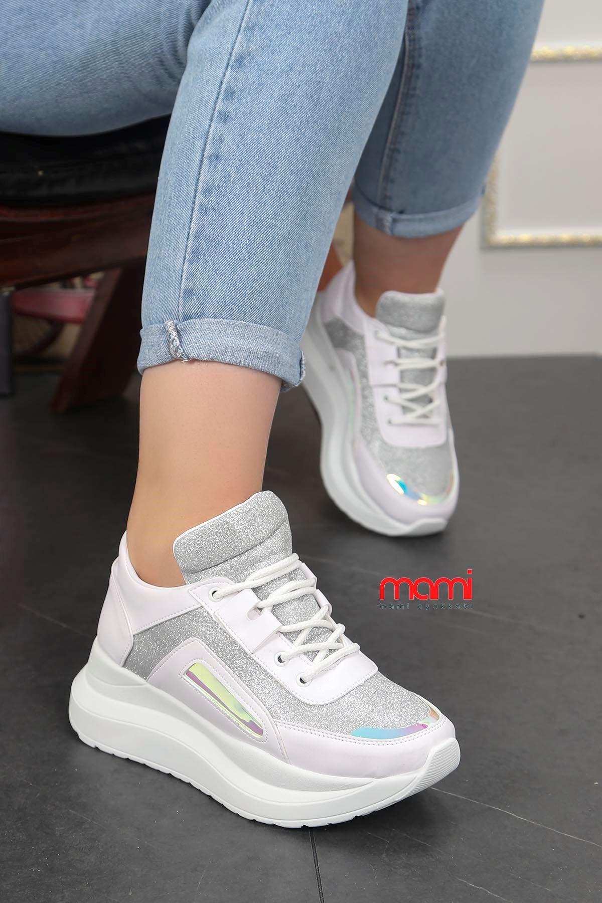 Frm-6561 Dolgu Taban Spor Ayakkabı Beyaz