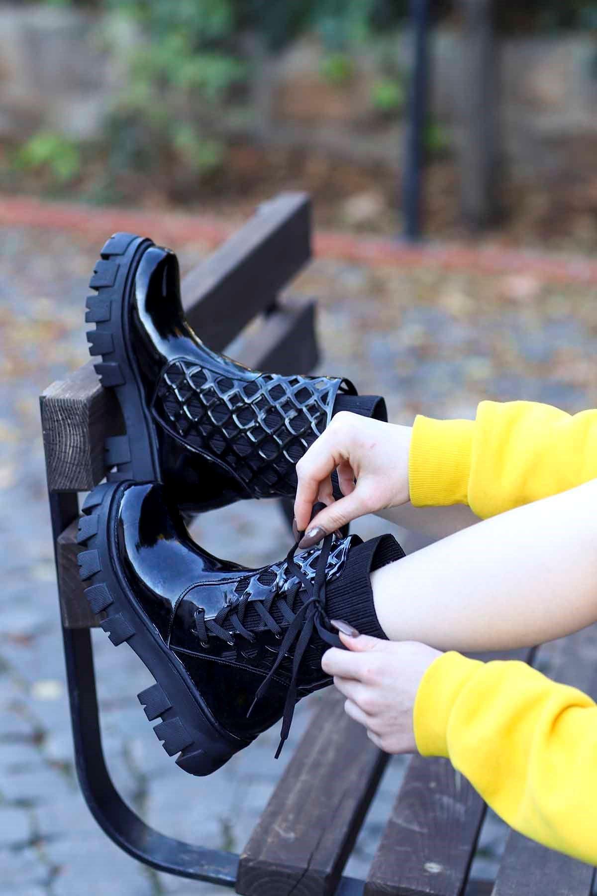 Kcl-255 Çorap Triko Bot Siyah Rugan