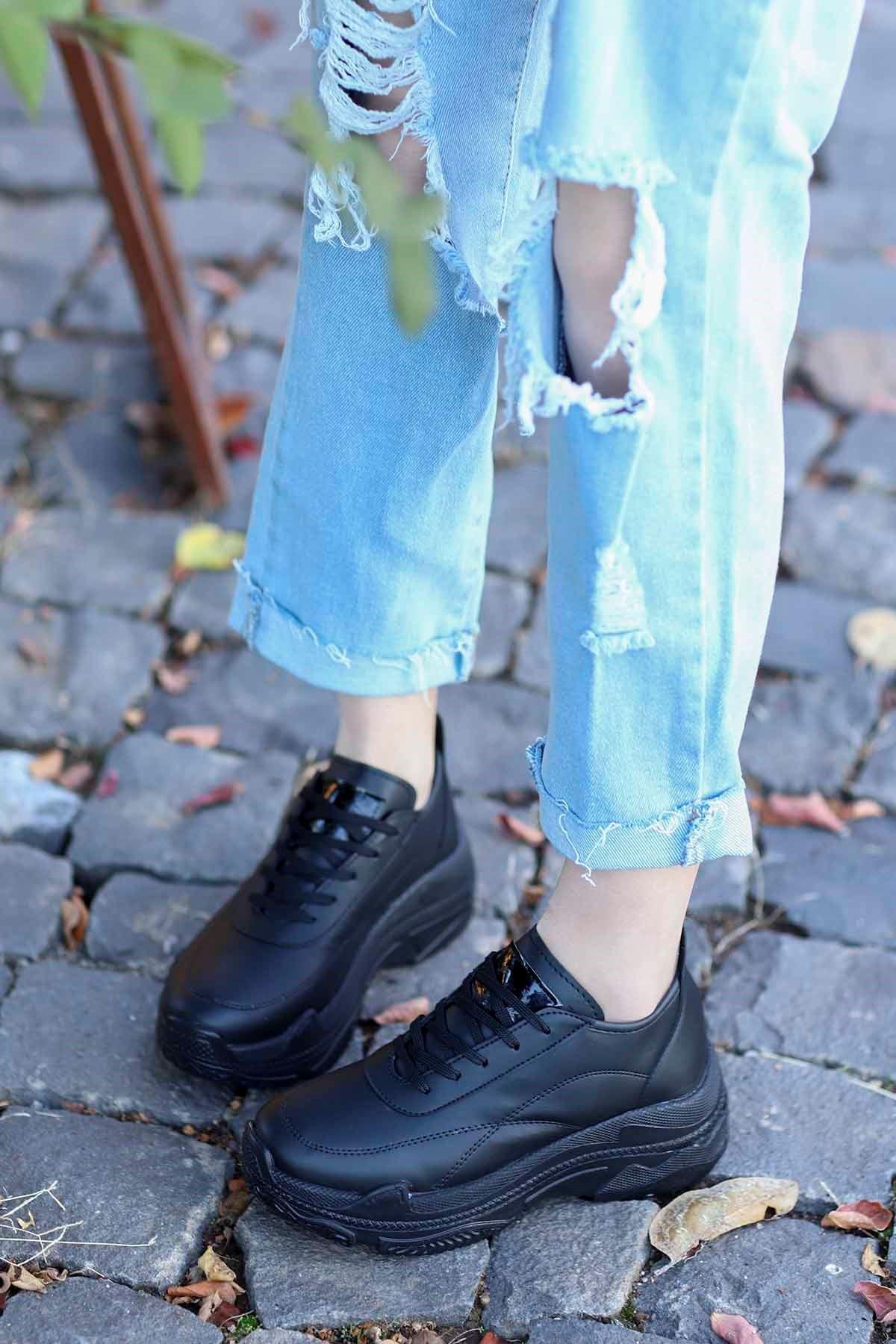 Snz-701 Tabanlı Spor Ayakkabı Siyah Deri