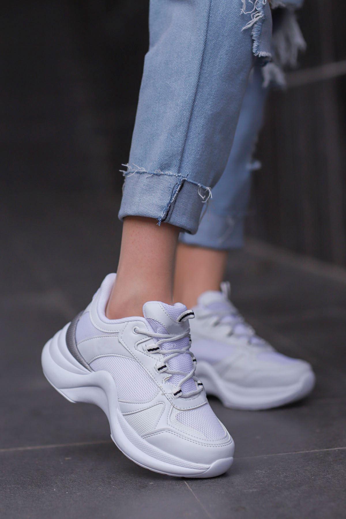 Tny-01 Tabanlı Spor Ayakkabı Beyaz