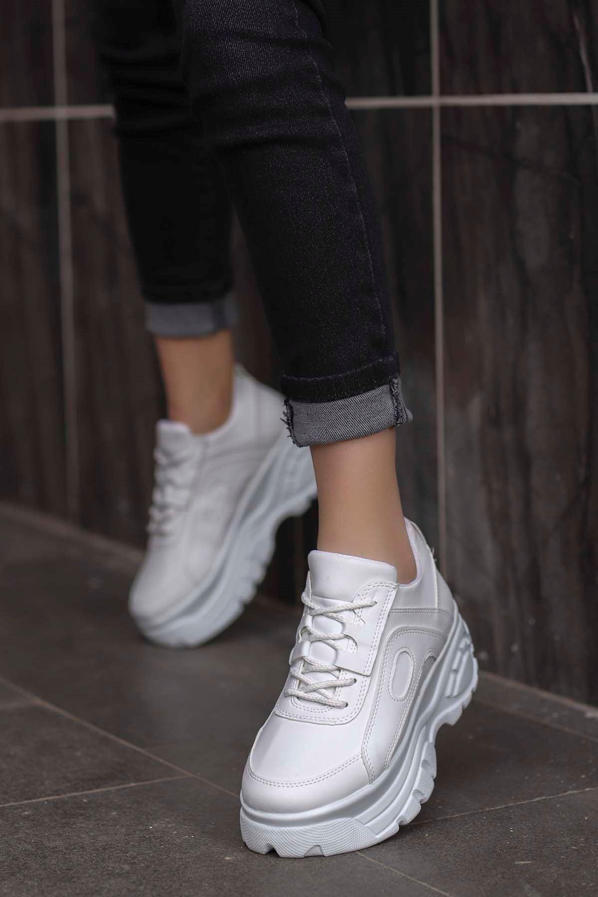 Peri Tabanlı Spor Ayakkabı Beyaz Deri