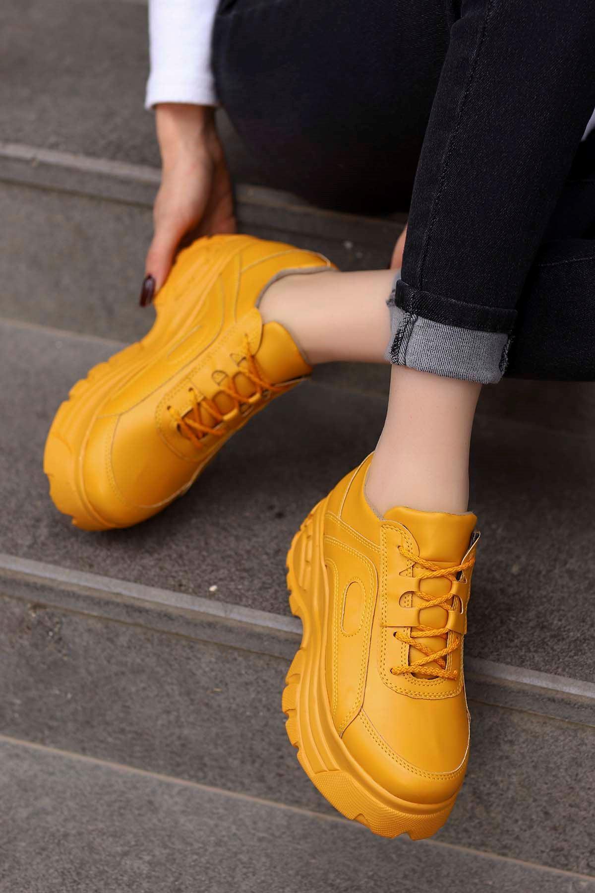 Perim Tabanlı Spor Ayakkabı Hardal Deri