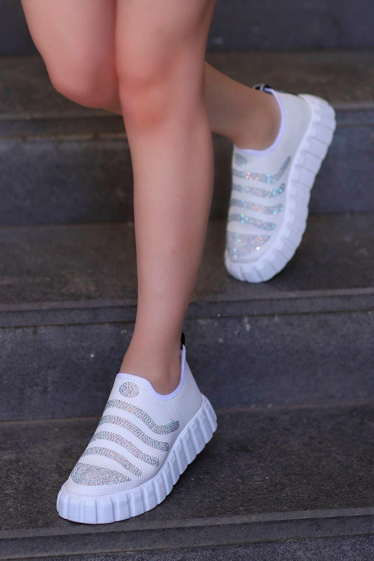 Nairobi Tabanlı Spor Ayakkabı Beyaz Triko Taşlı