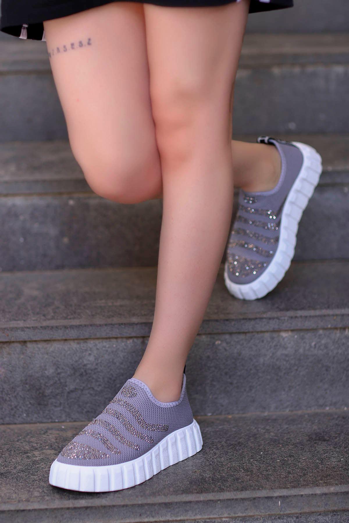 Nairobi Tabanlı Spor Ayakkabı Gri Triko Taşlı