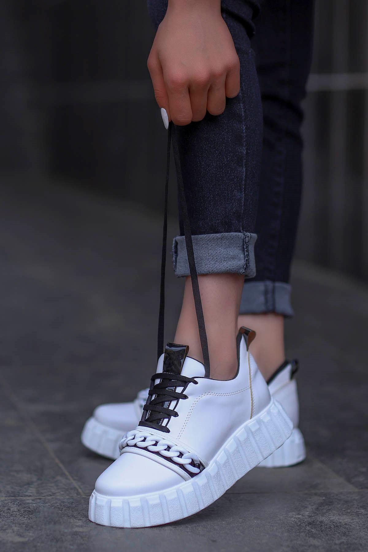 Paris Tabanlı Spor Ayakkabı Beyaz Siyah Detay