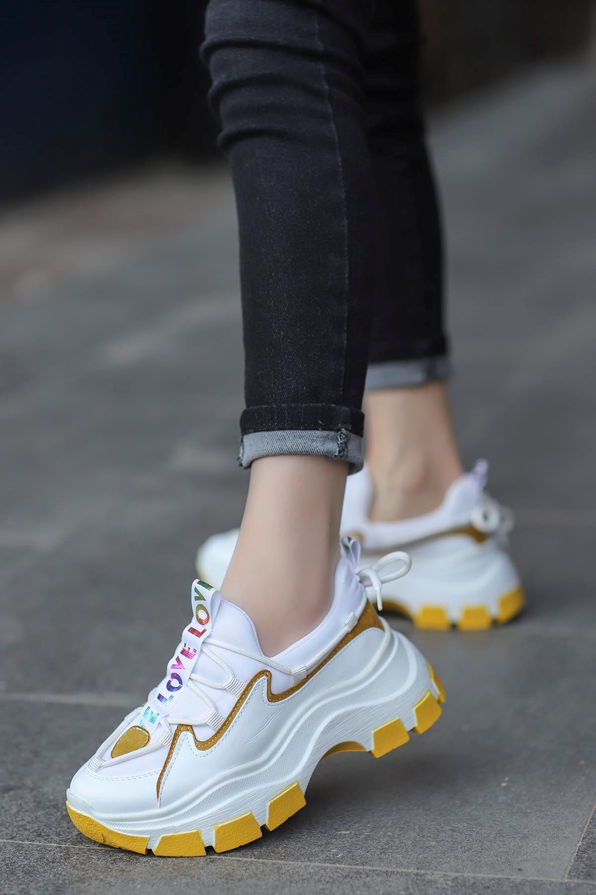 Jennifer Love Tabanlı Spor Ayakkabı Beyaz Sarı