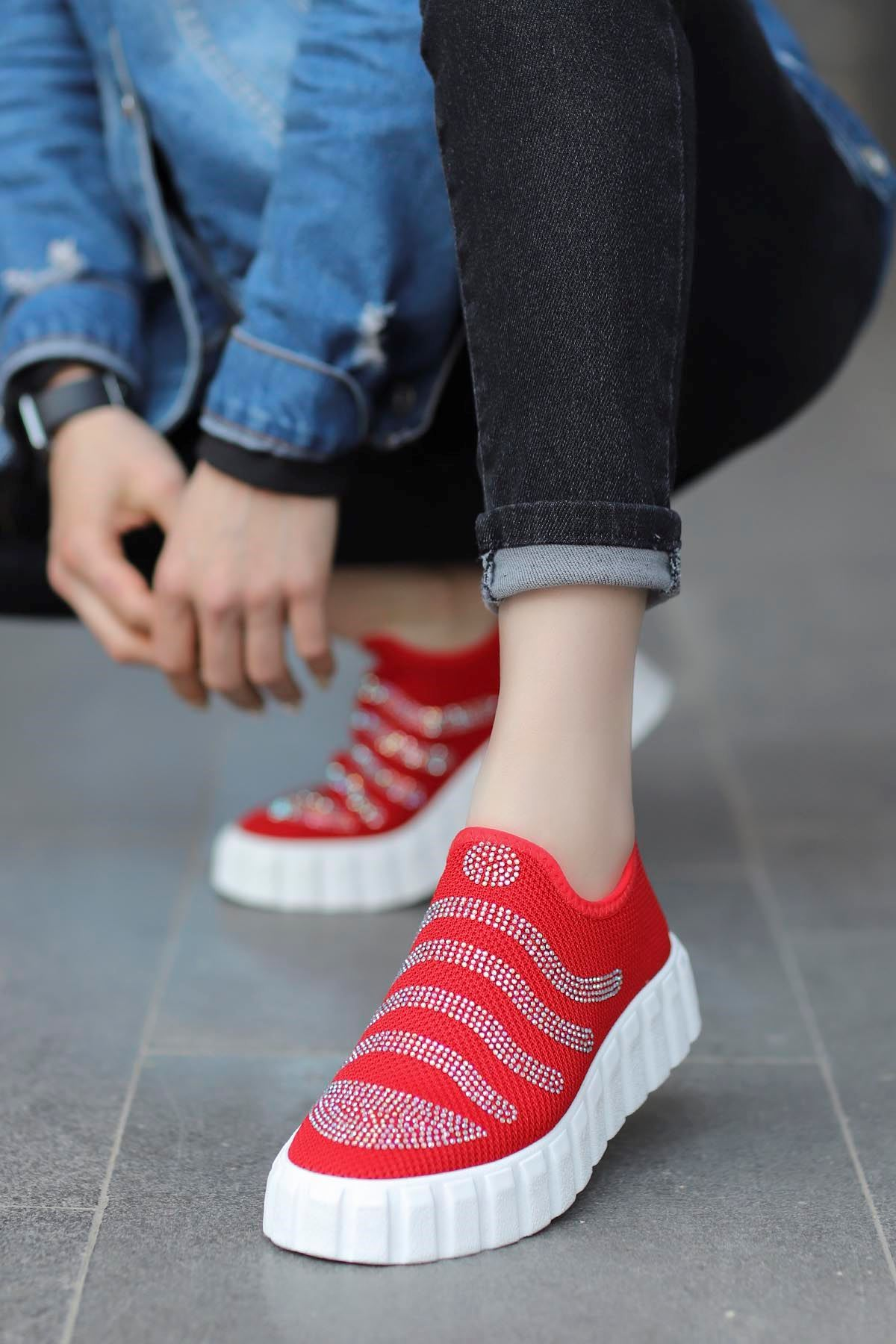 Nairobi Tabanlı Spor Ayakkabı Kırmızı Triko Taşlı