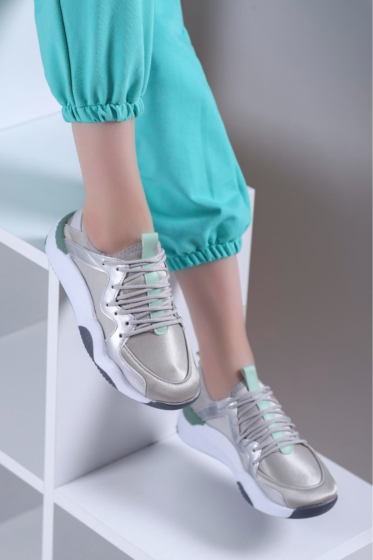 Perla Spor Ayakkabı Gri