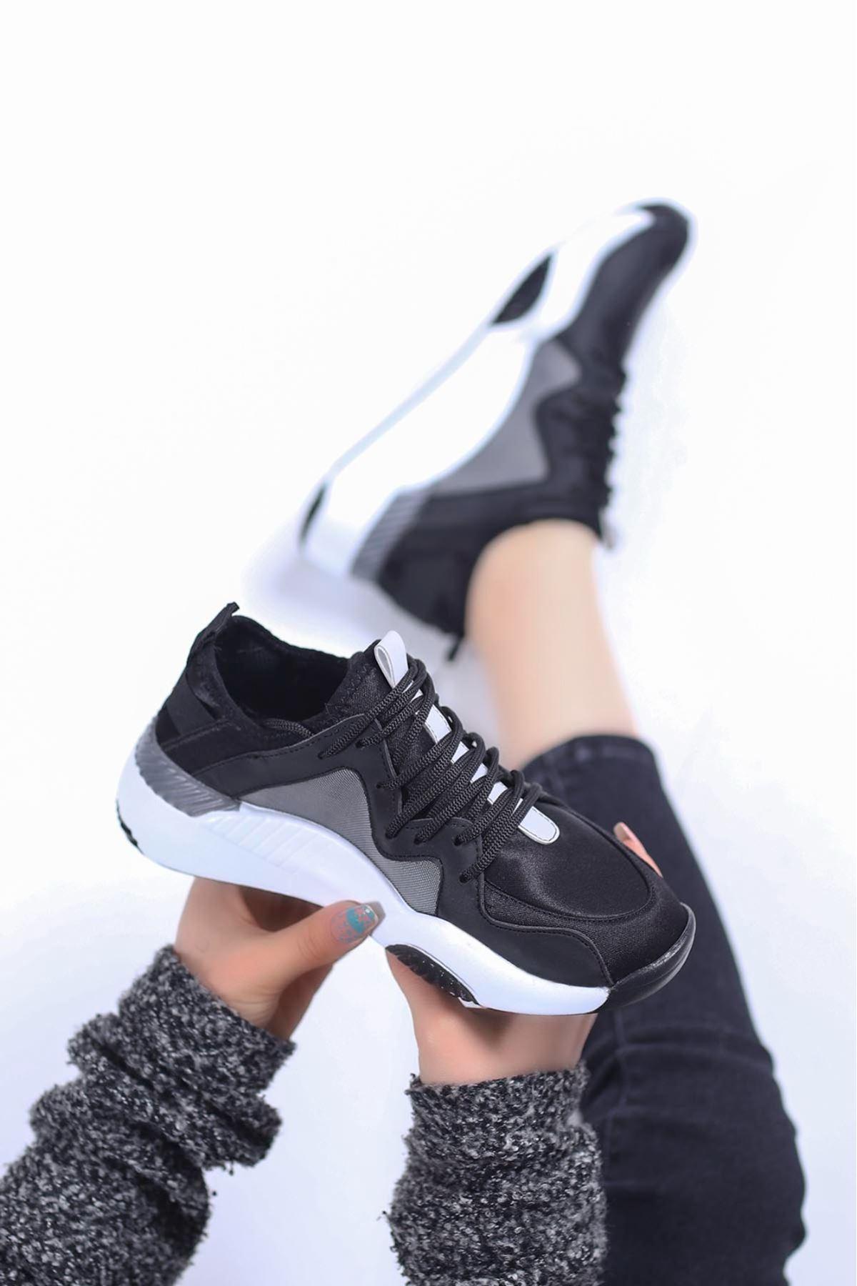 Perla Spor Ayakkabı Siyah