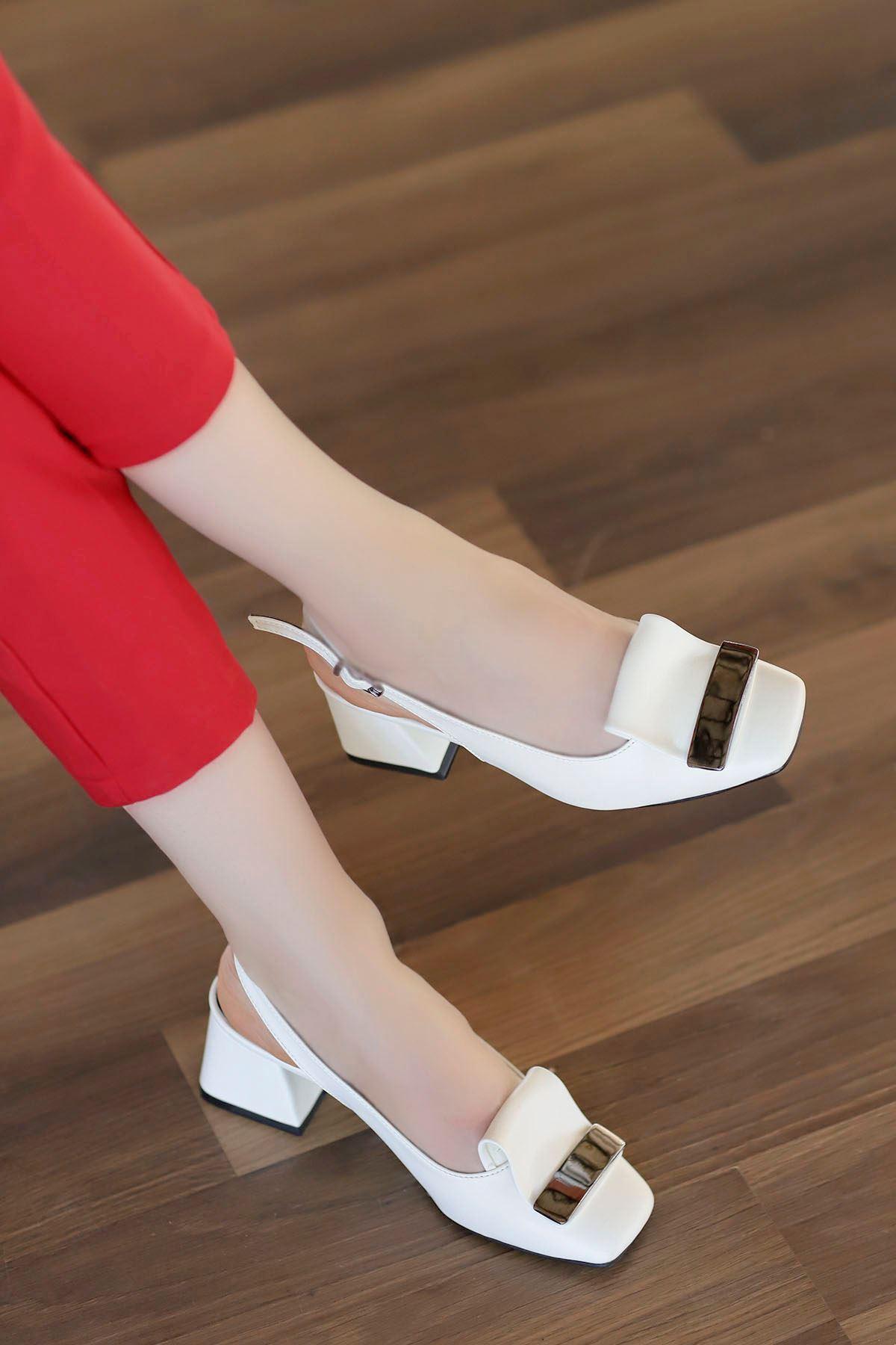 Nora Toka Detay Arka Açık Topuklu Ayakkabı Beyaz Deri