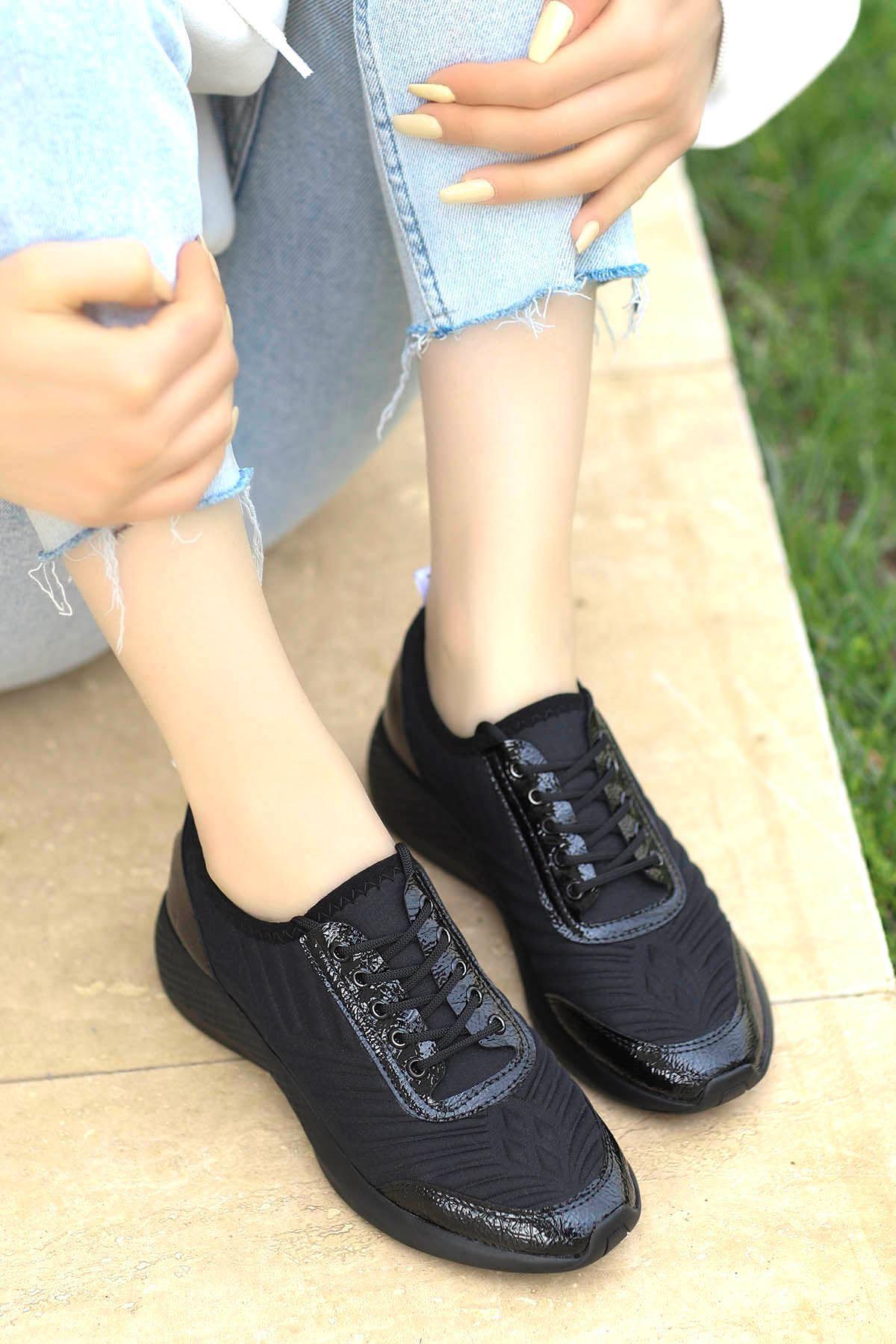 Amber Triko Spor Ayakkabı Siyah