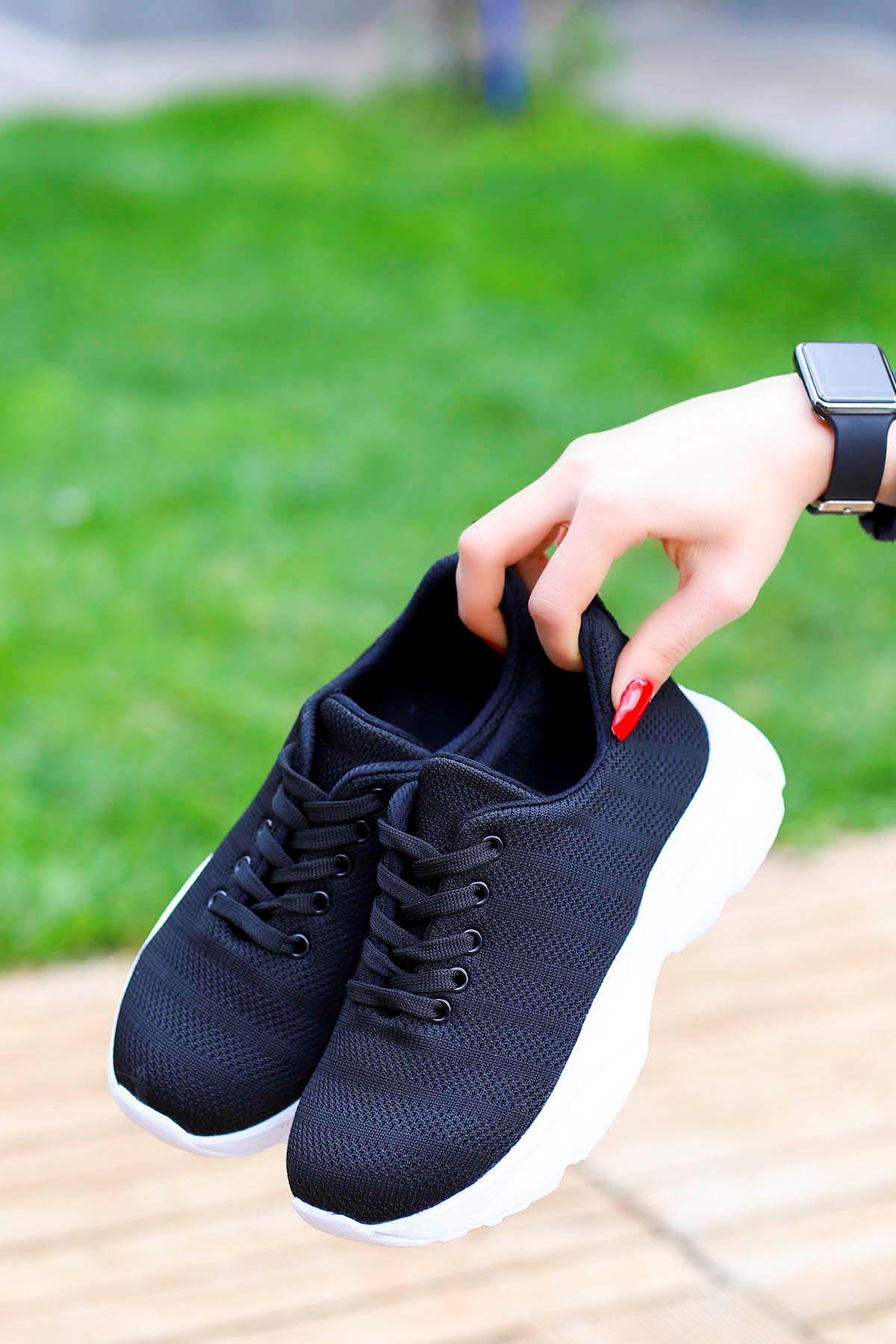 Violet Tabanlı Triko Spor Ayakkabı Siyah