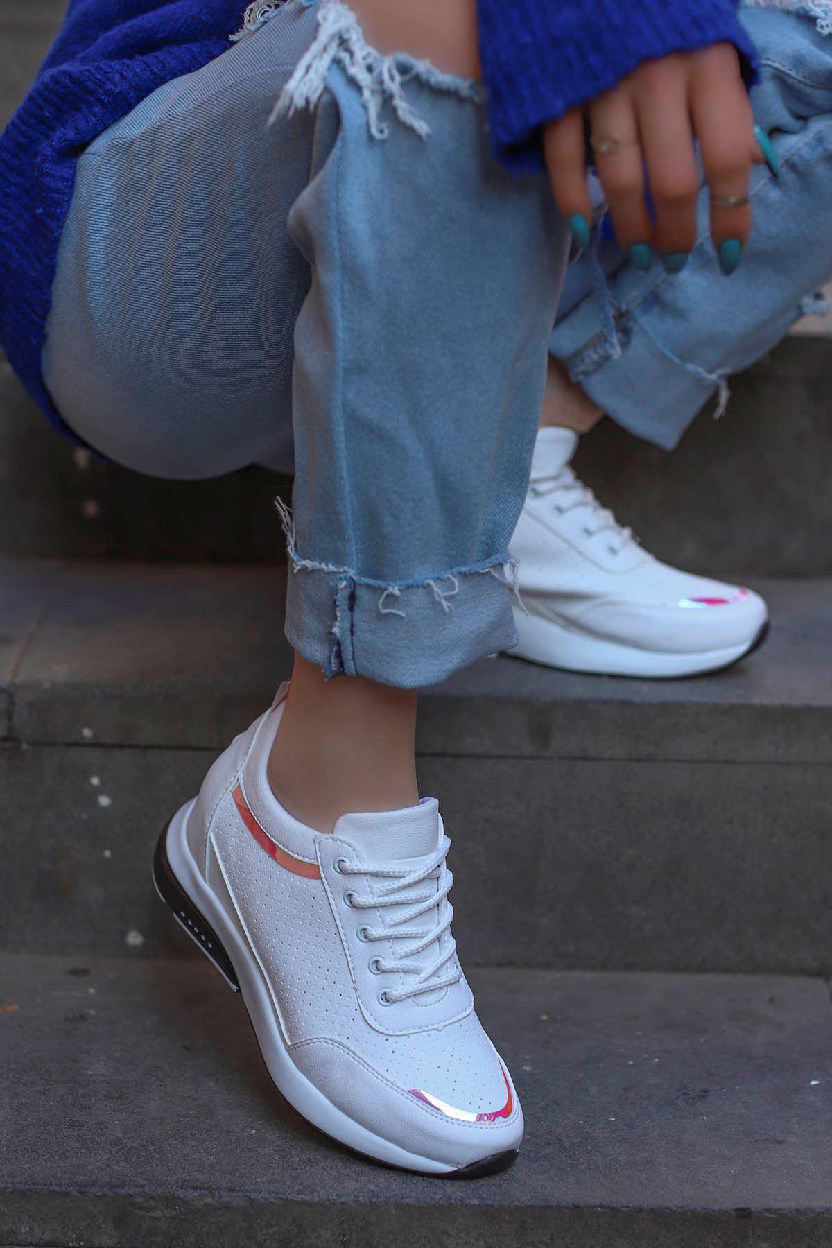 Frm-517 Gizli Topuk Spor Ayakkabı Beyaz Deri