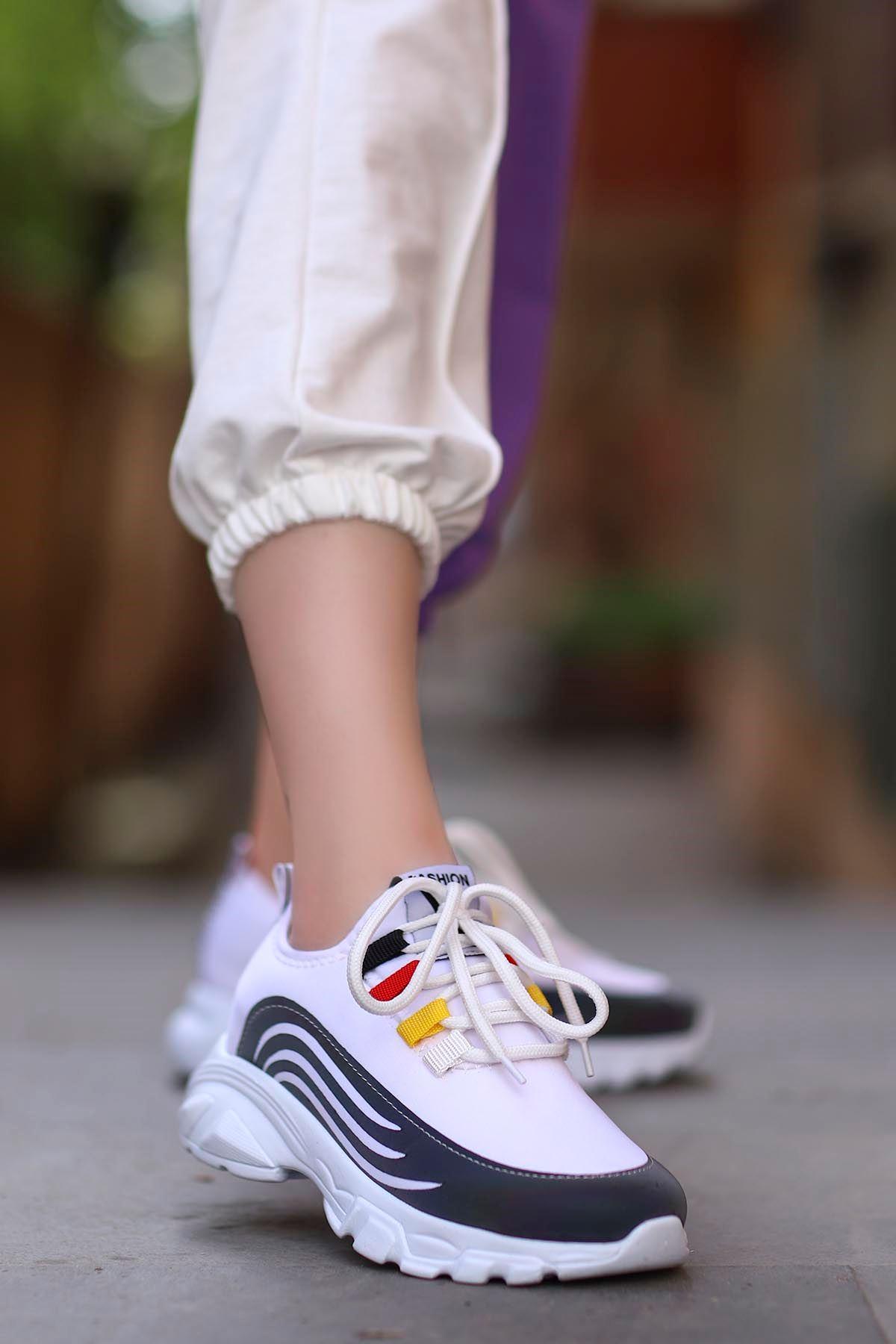 Napa Beyaz Bağlı Sneakers