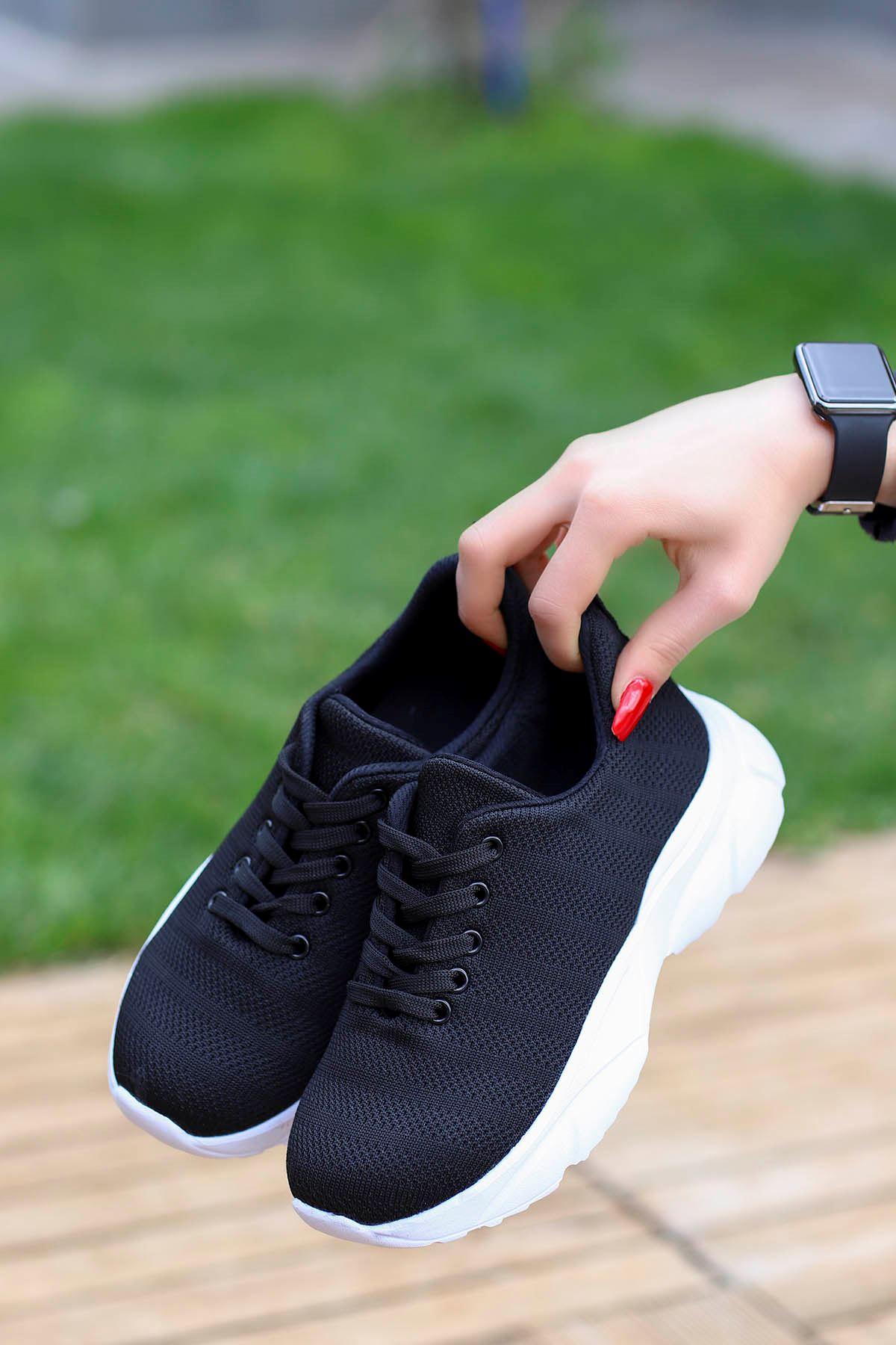 Jack Tabanlı Triko Spor Ayakkabı Siyah