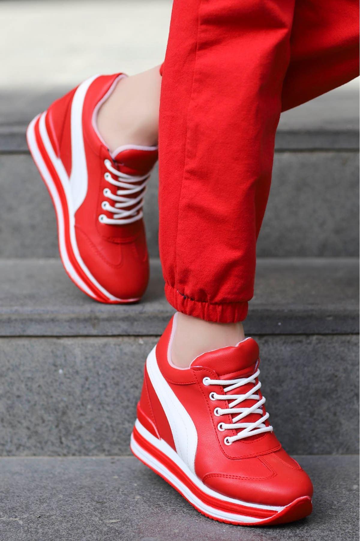 Rihanna Gizli Dolgu Spor Ayakkabı Kırmızı