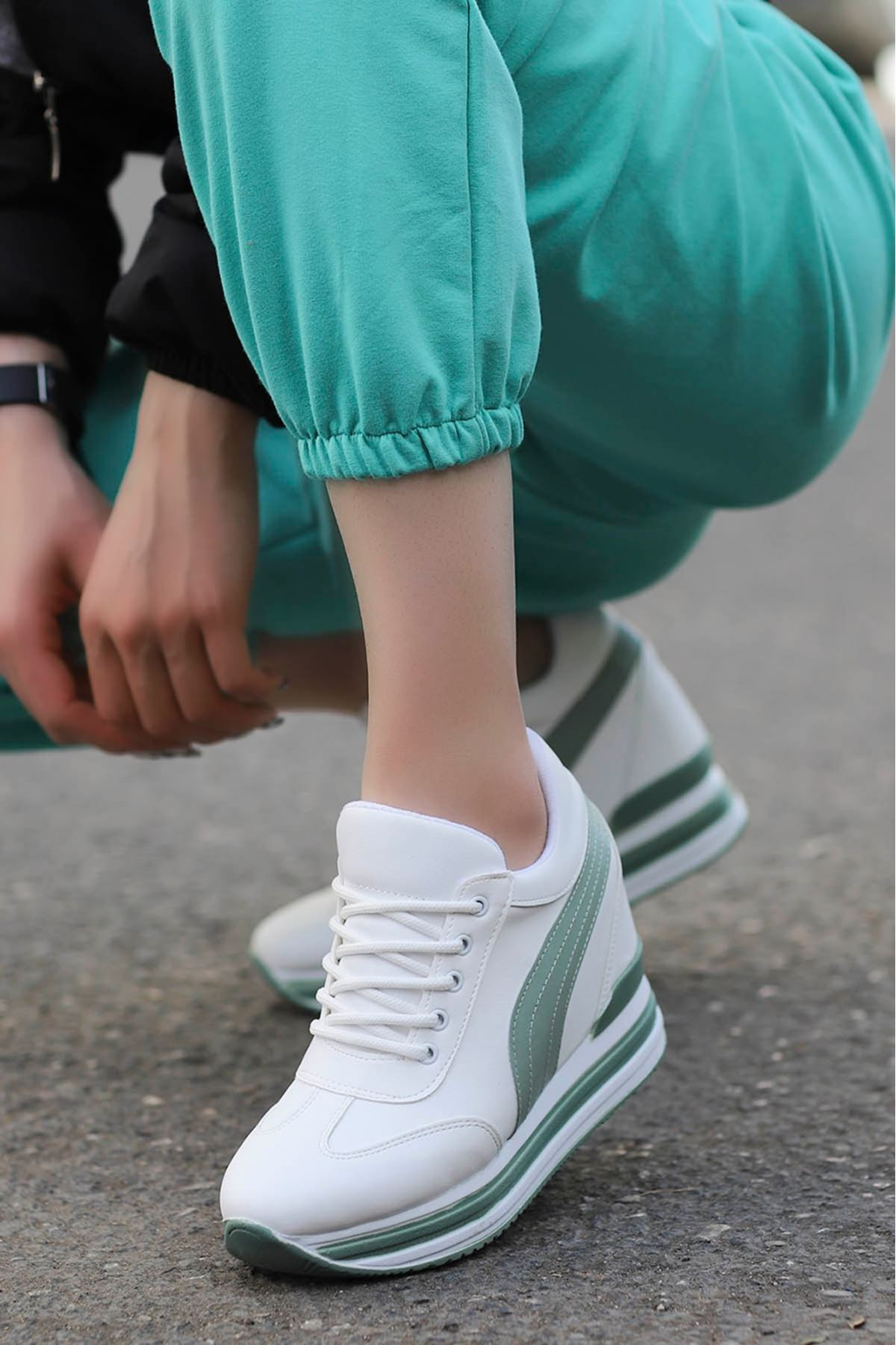 Rihanna Gizli Dolgu Spor Ayakkabı Yeşil