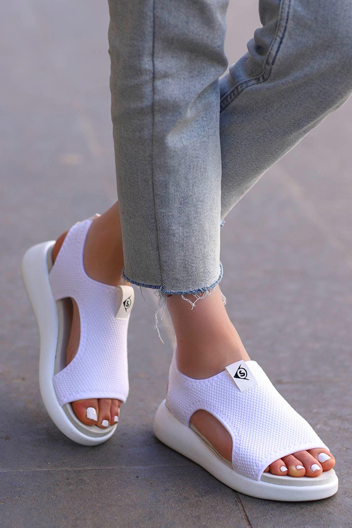 Pinto Triko Sandalet Beyaz
