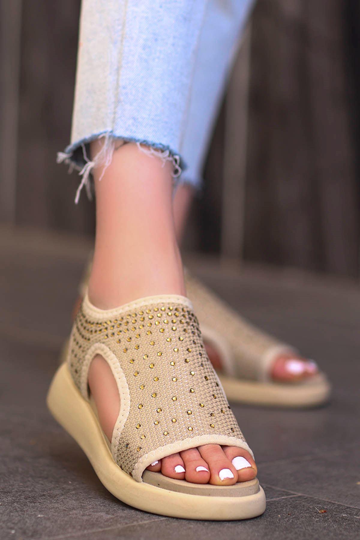 Calli Taşlı Triko Sandalet Vizyon
