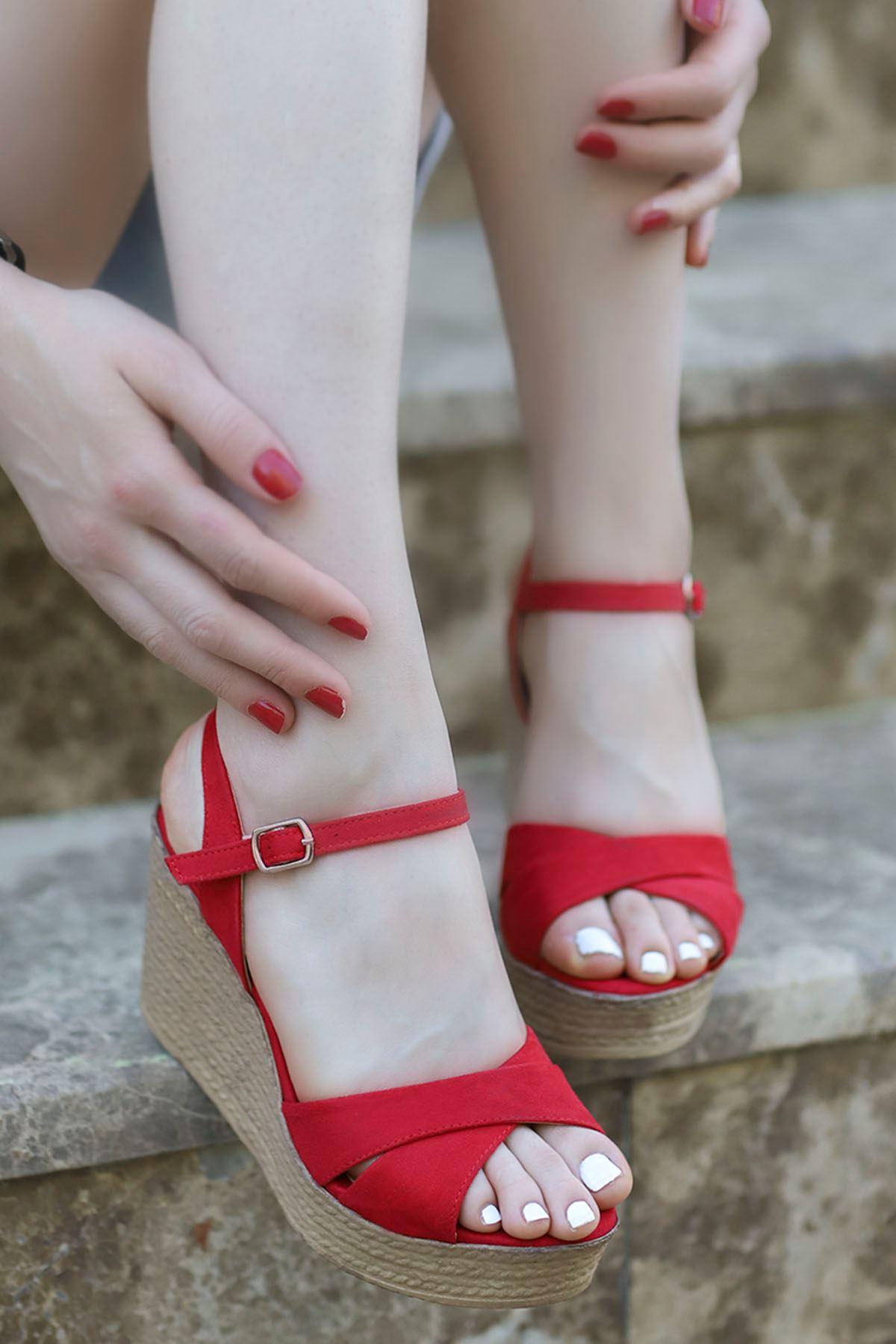 Alanis Çapraz Dolgu Sandalet Kırmızı Süet
