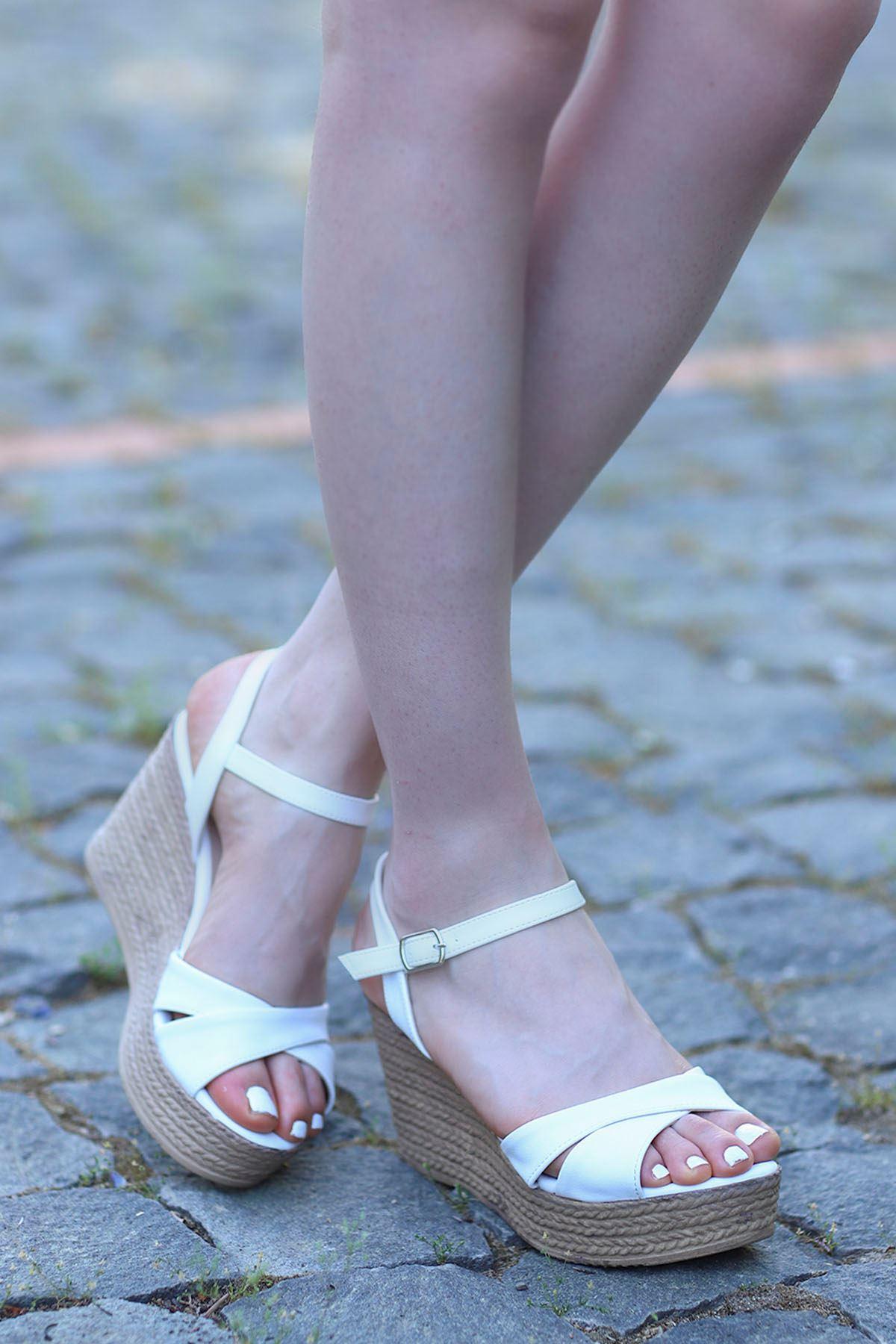 Alanis Çapraz Dolgu Sandalet Beyaz