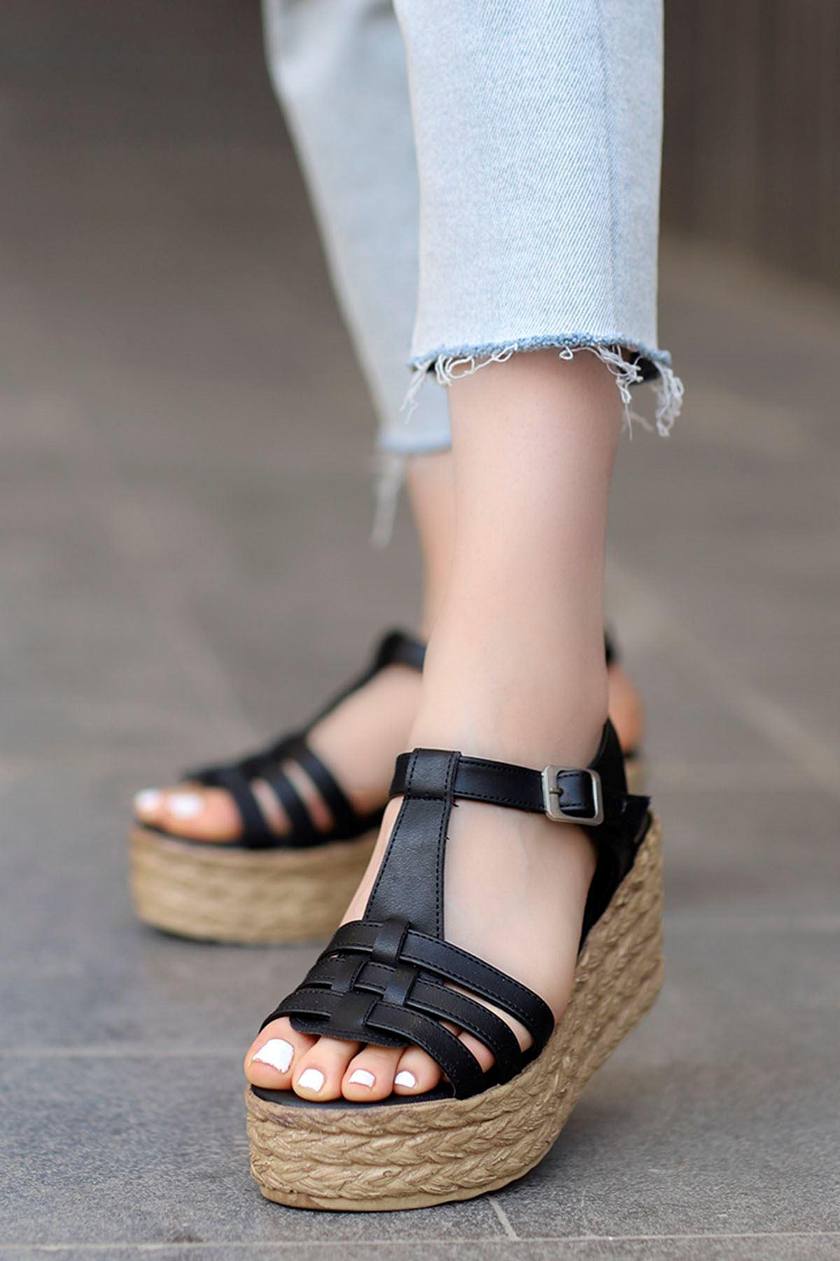 İzabel Dolgu Sandalet Siyah