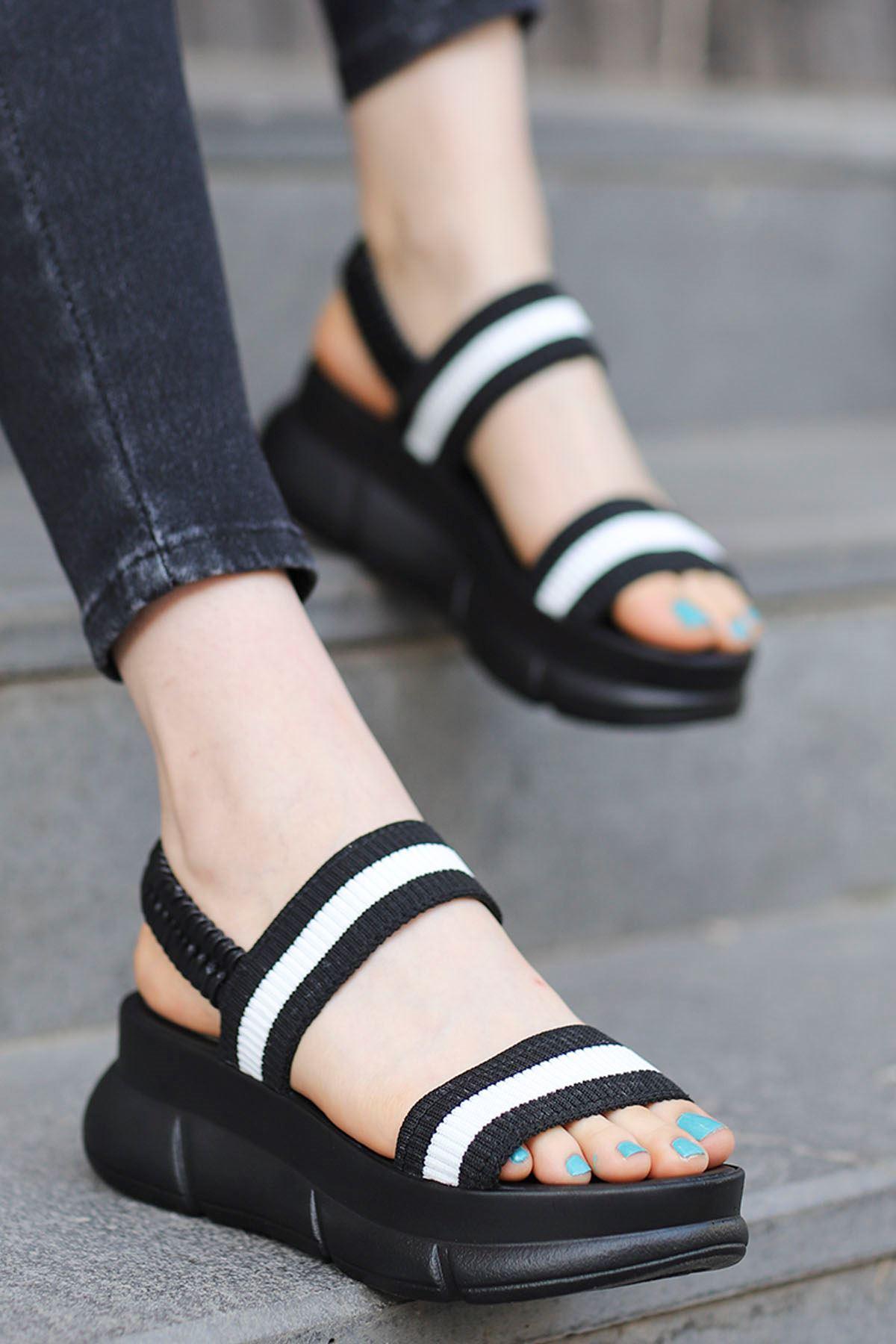 Caroline Triko Dolgu Sandalet Sİyah