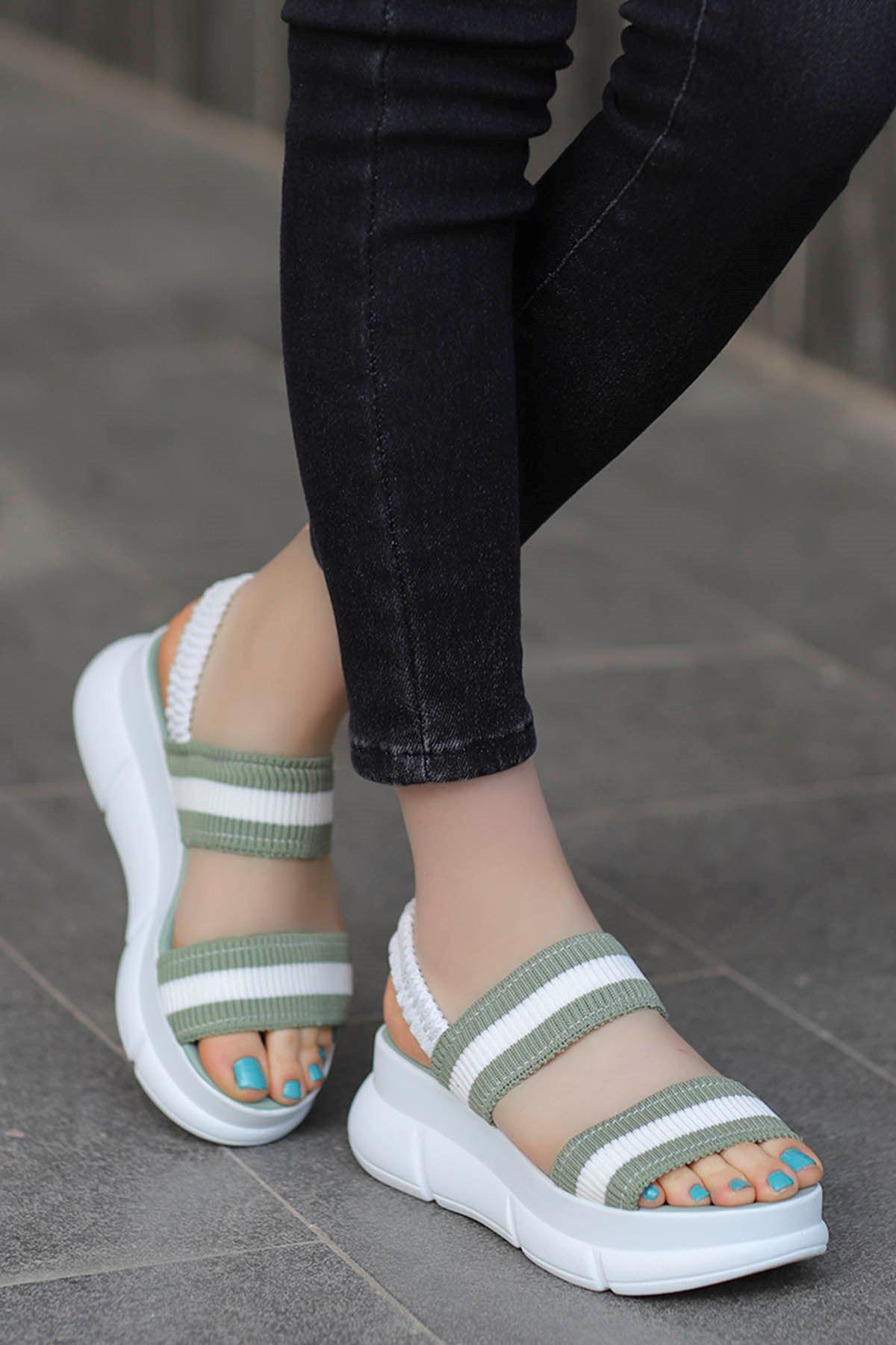 Caroline Triko Dolgu Sandalet Yeşil