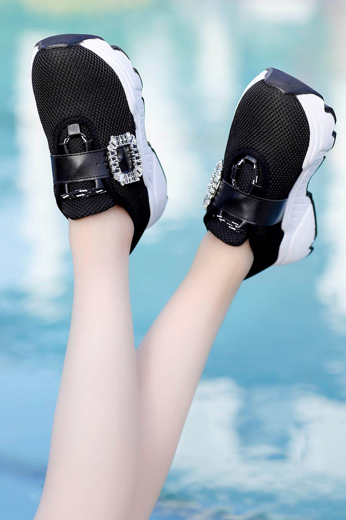 Barbara Taşlı Toka Günlük Sneakers Siyah