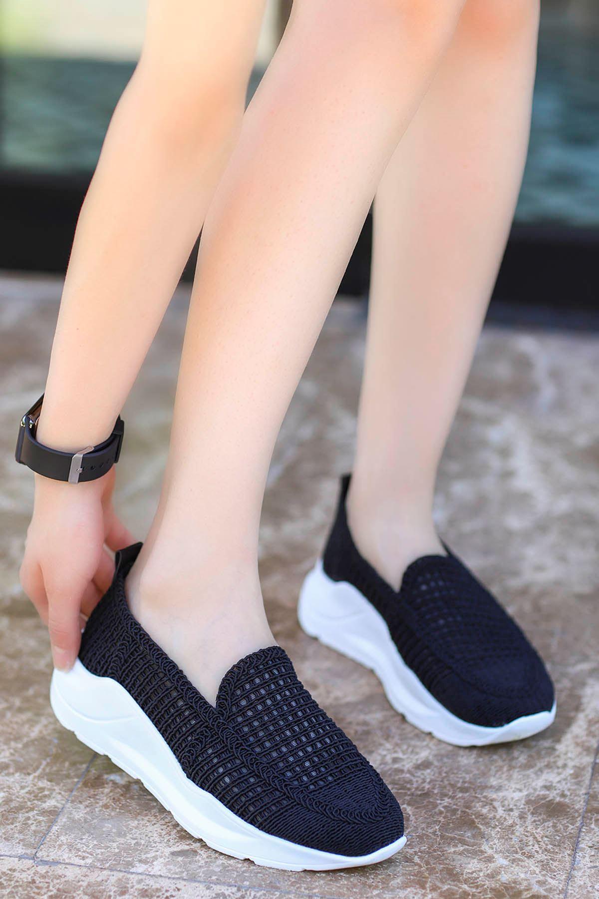 Farah Dantel Örgü Spor Ayakkabı Siyah