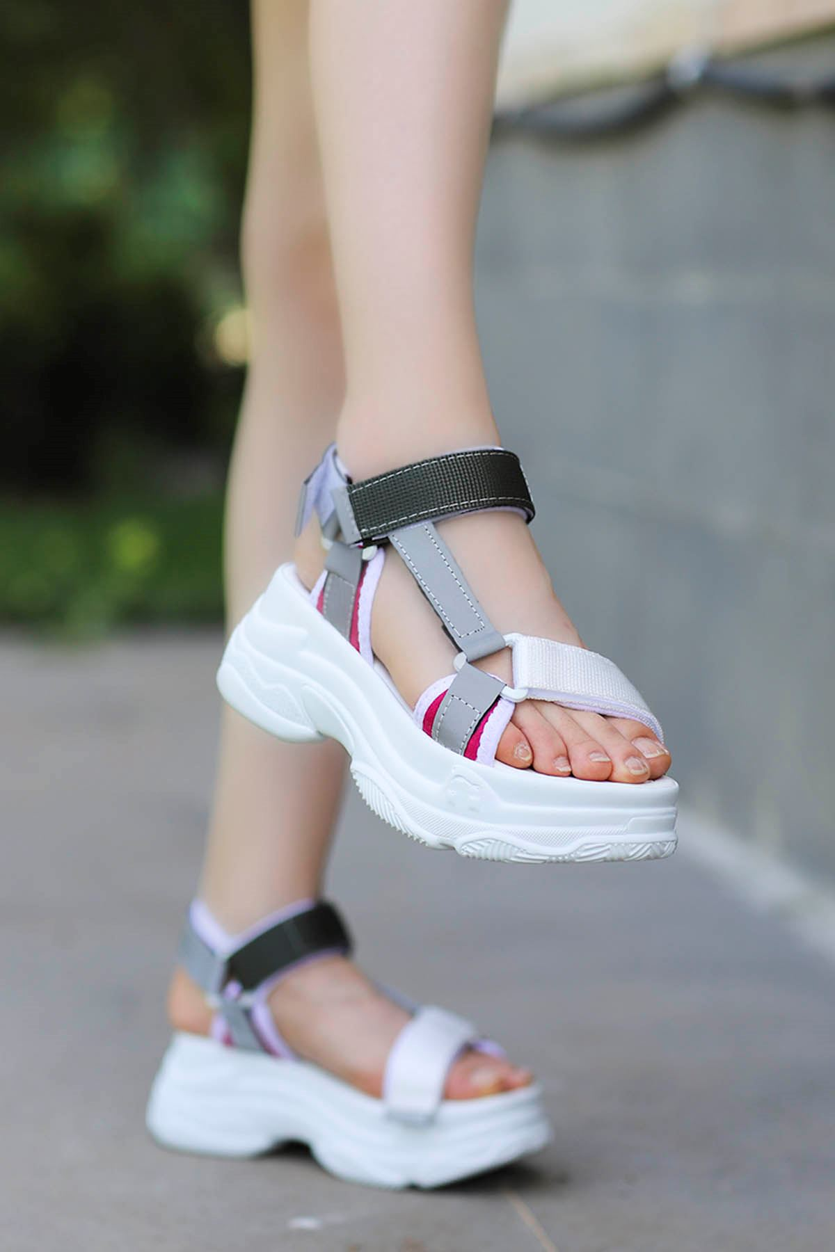 Rafael Dolgu Taban Sandalet Beyaz-Haki
