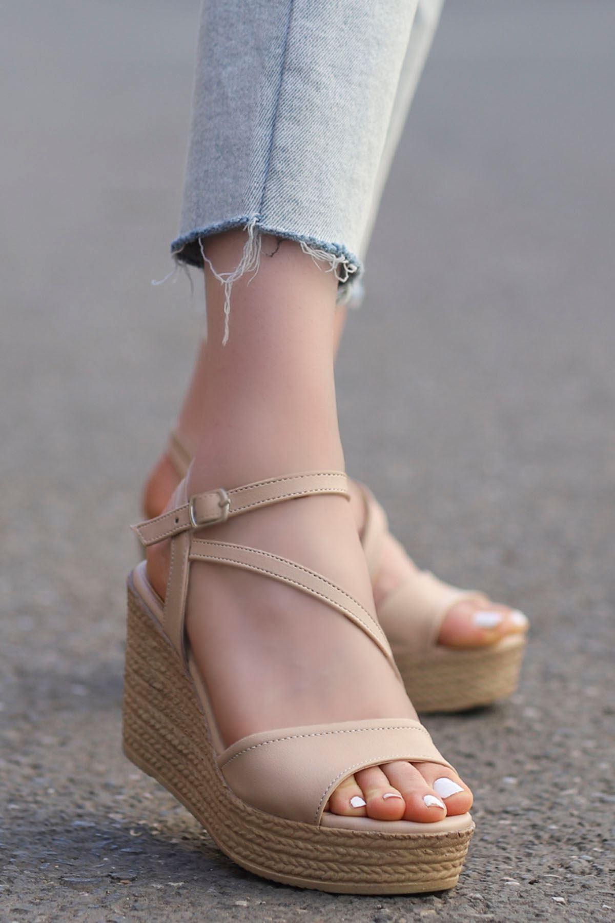 Sory Dolgu Sandalet Vizyon