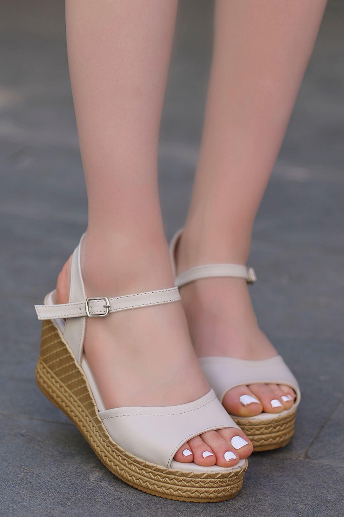 Ruby Dolgu Sandalet Vizyon
