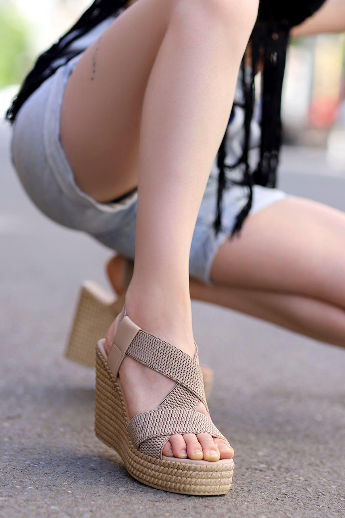 Joyje Dolgu Sandalet Vizyon