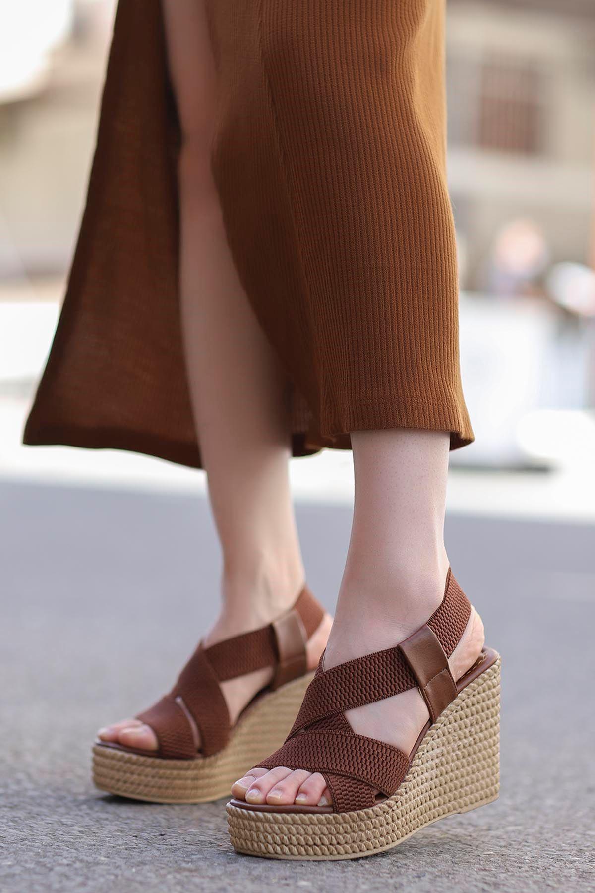 Joyje Dolgu Sandalet Taba