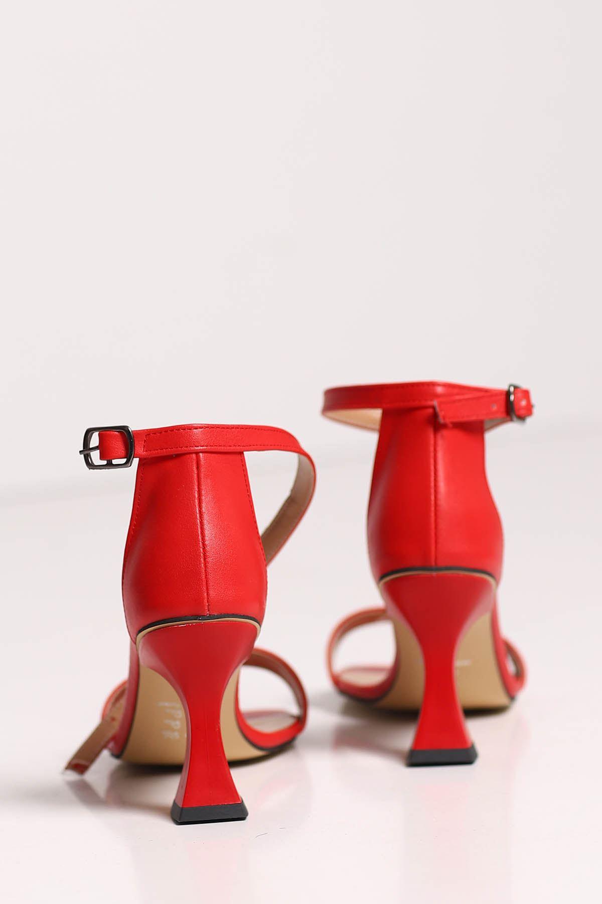 Lia Tek Bant Topuklu Ayakkabı Kırmızı