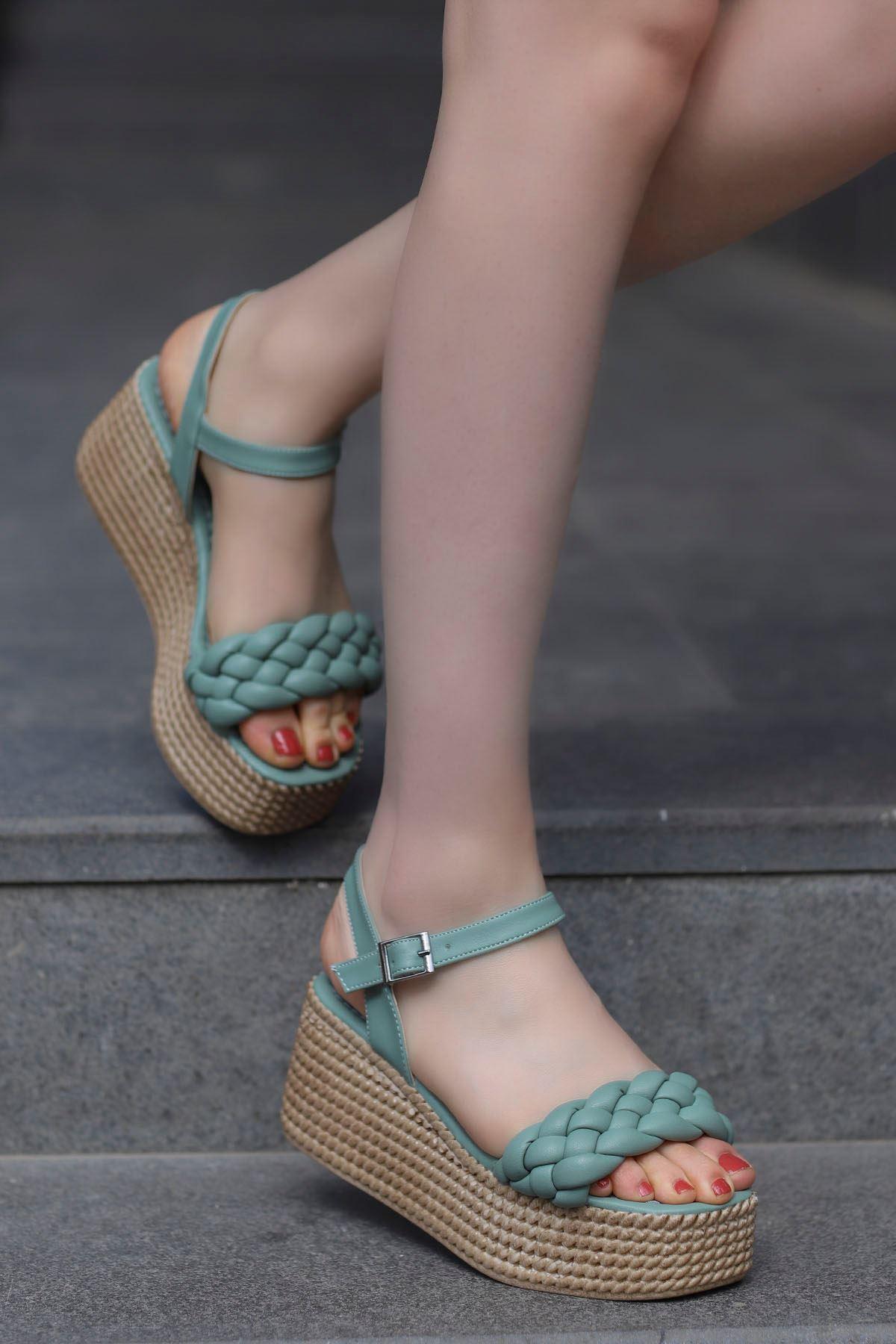 Diana Kemer Örgülü Sandalet Yeşil