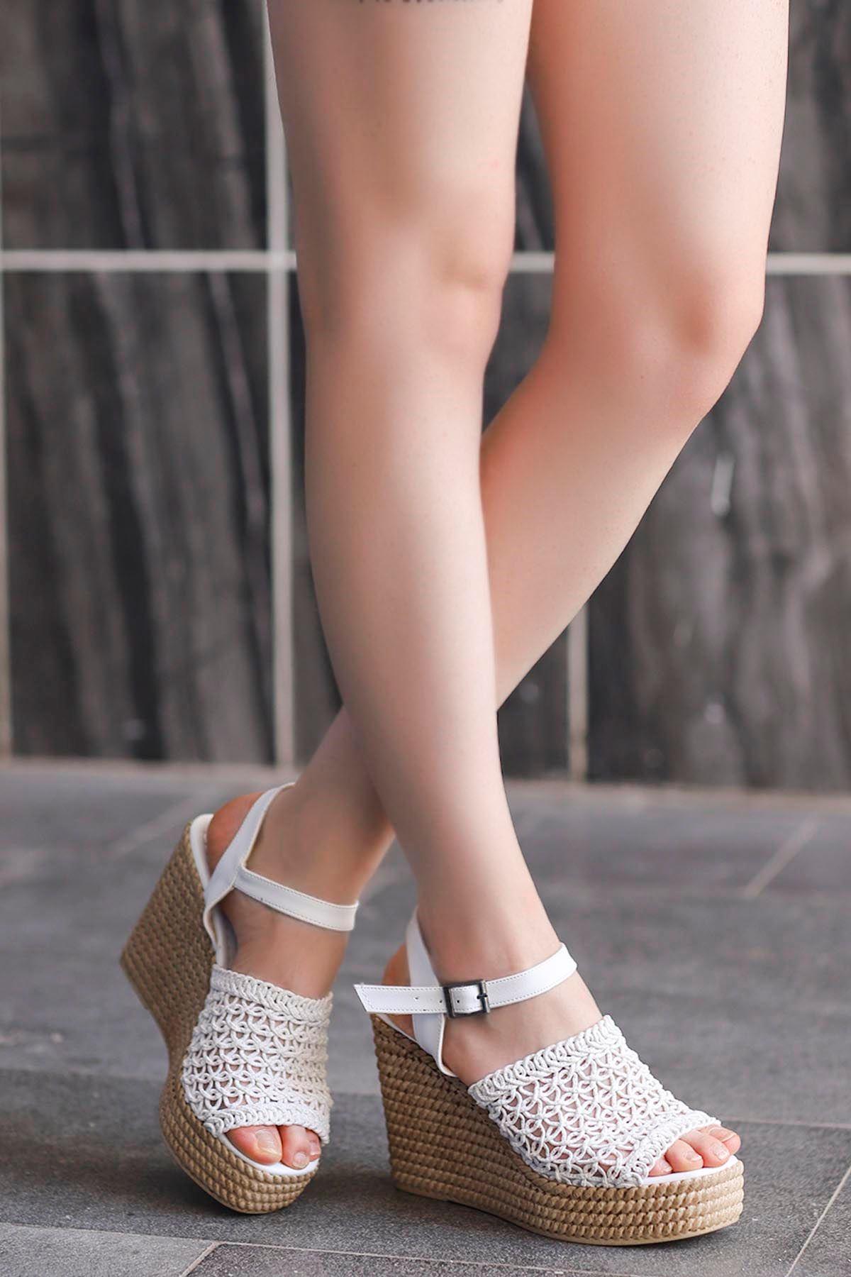 Gandi Dolgu Taban Sandalet Beyaz