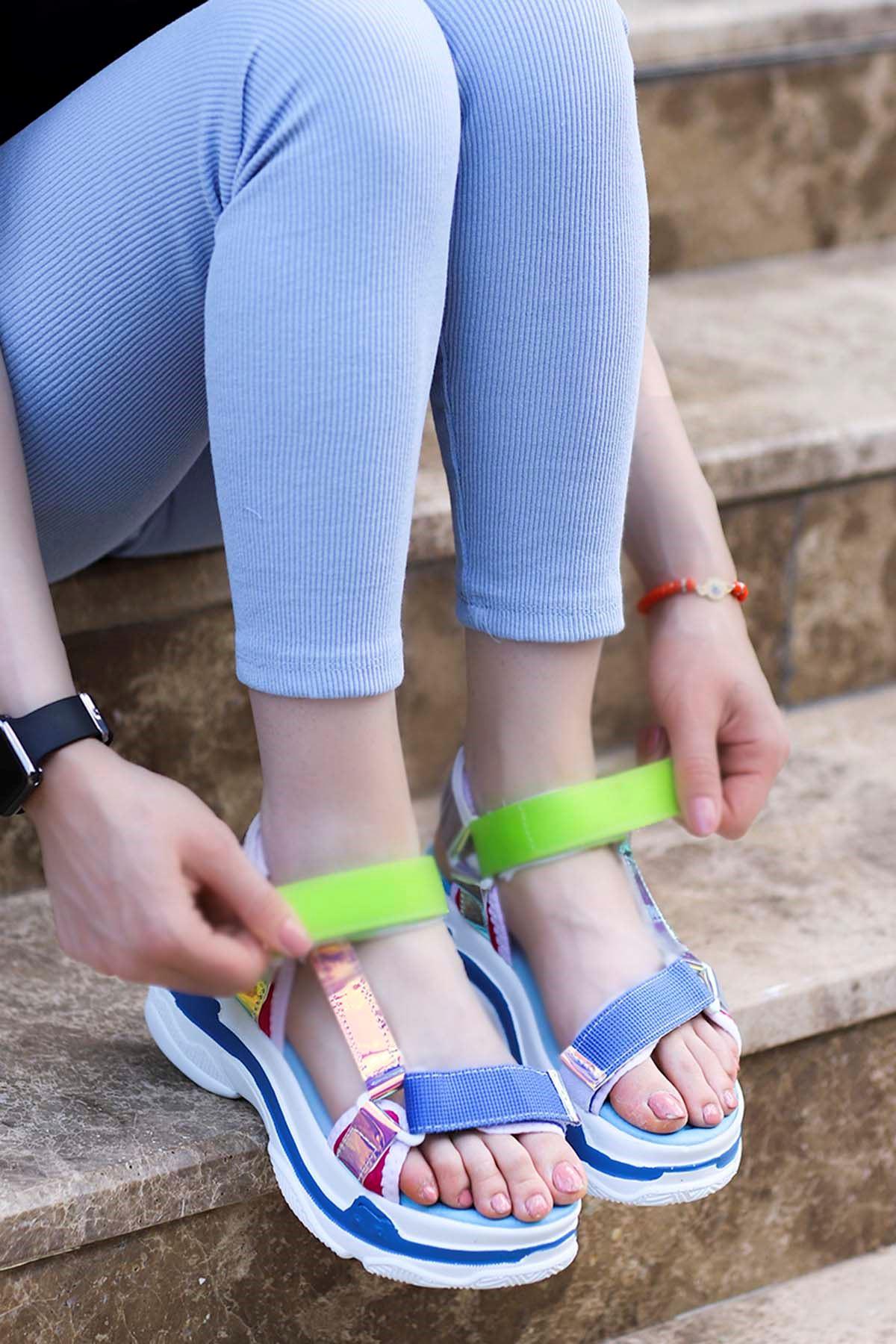 Rafael Dolgu Taban Sandalet Mavi Hologram