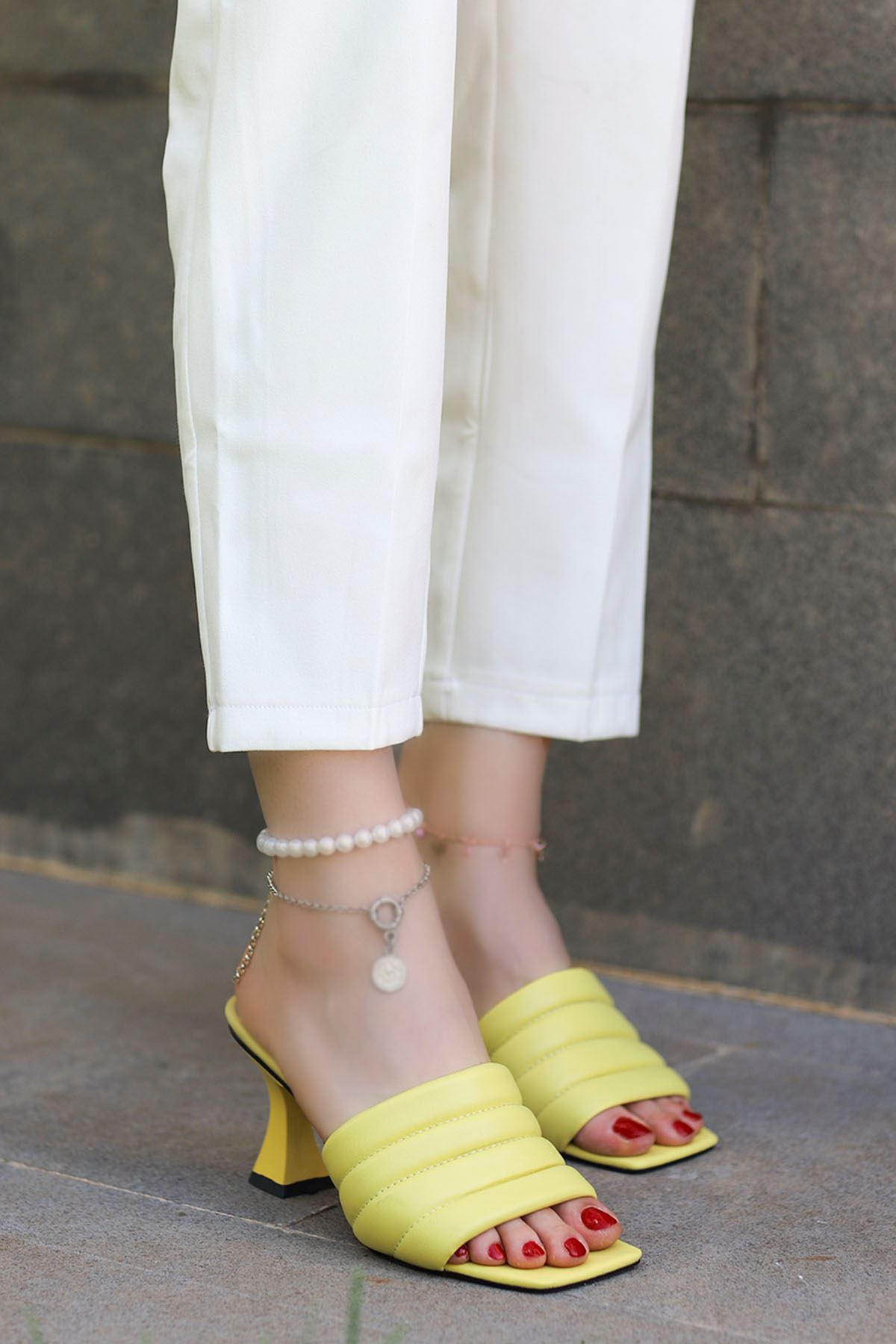 Dafy Topuklu Terlik Sarı