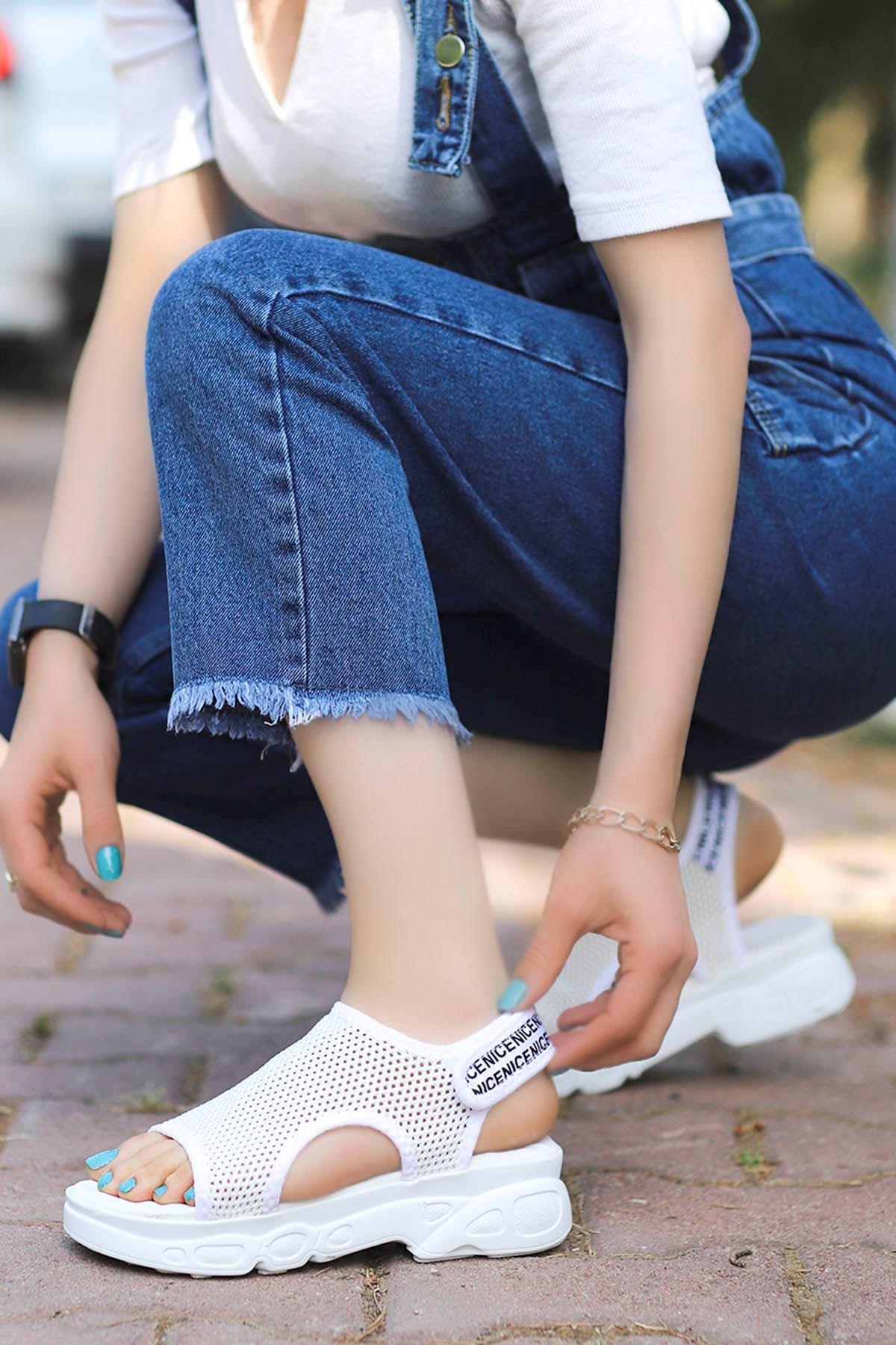 Dubai Cırtlı Triko Sandalet Beyaz