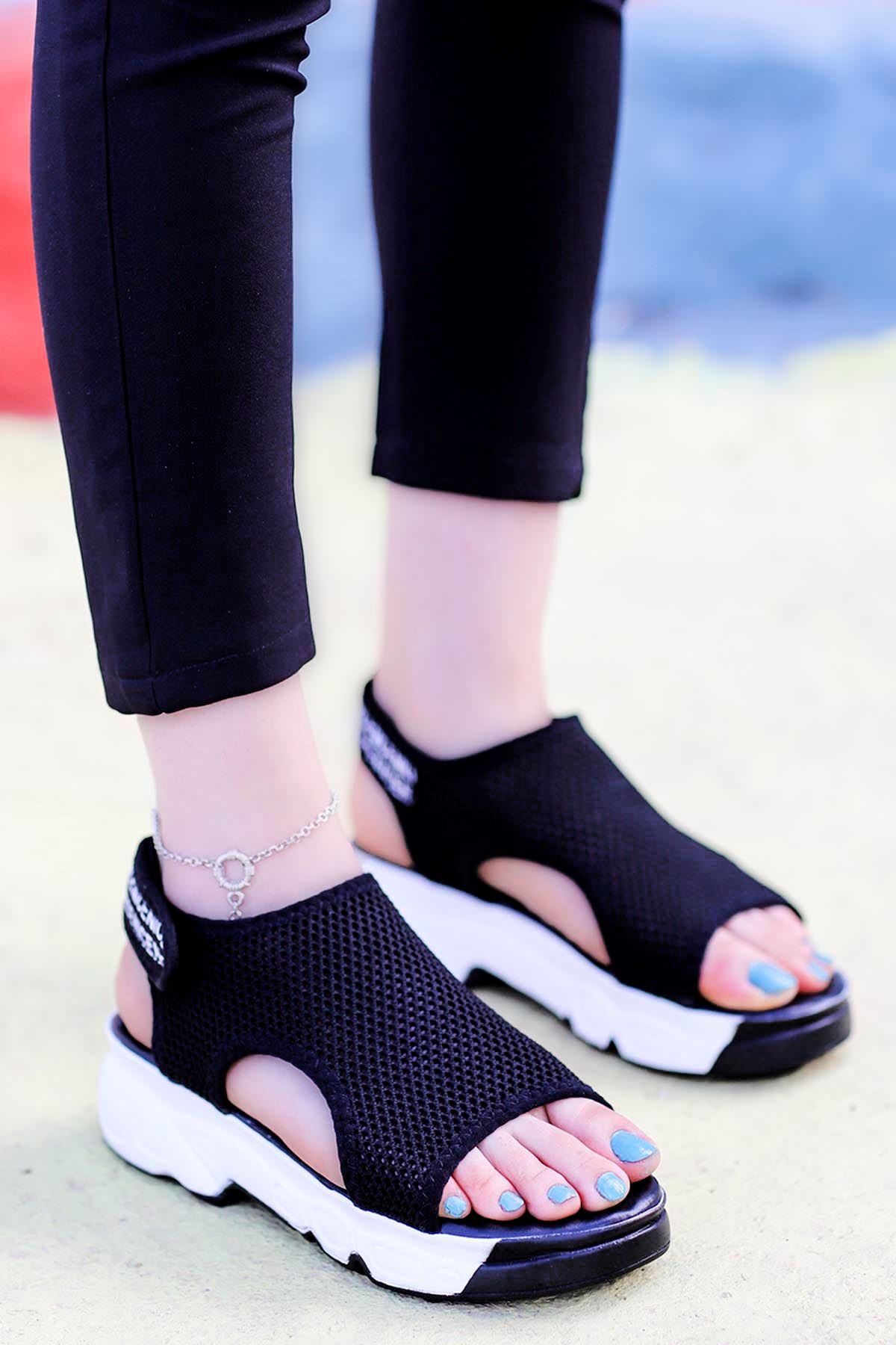 Dubai Cırtlı Triko Sandalet Siyah